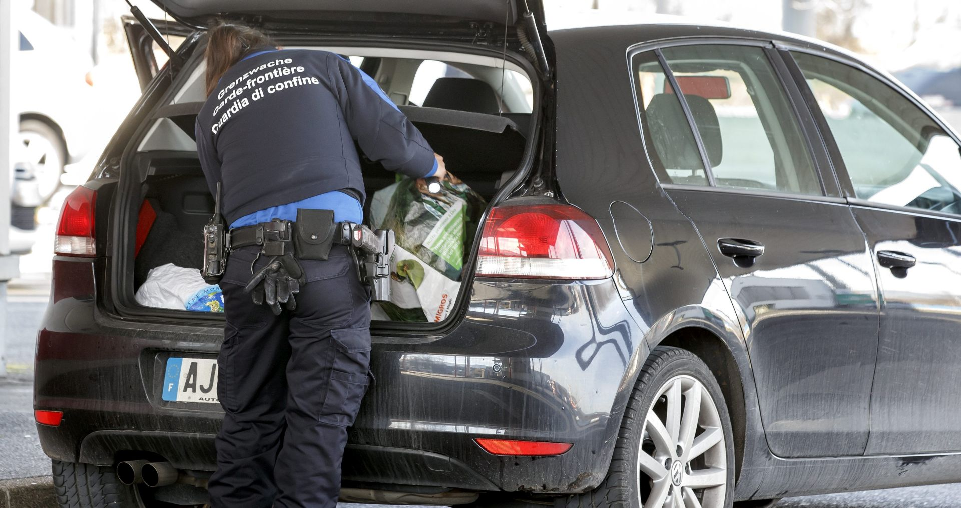 POVEZANI S PARIŠKIM NAPADIMA: U izbjegličkom centru u Austriji uhićene dvije osobe