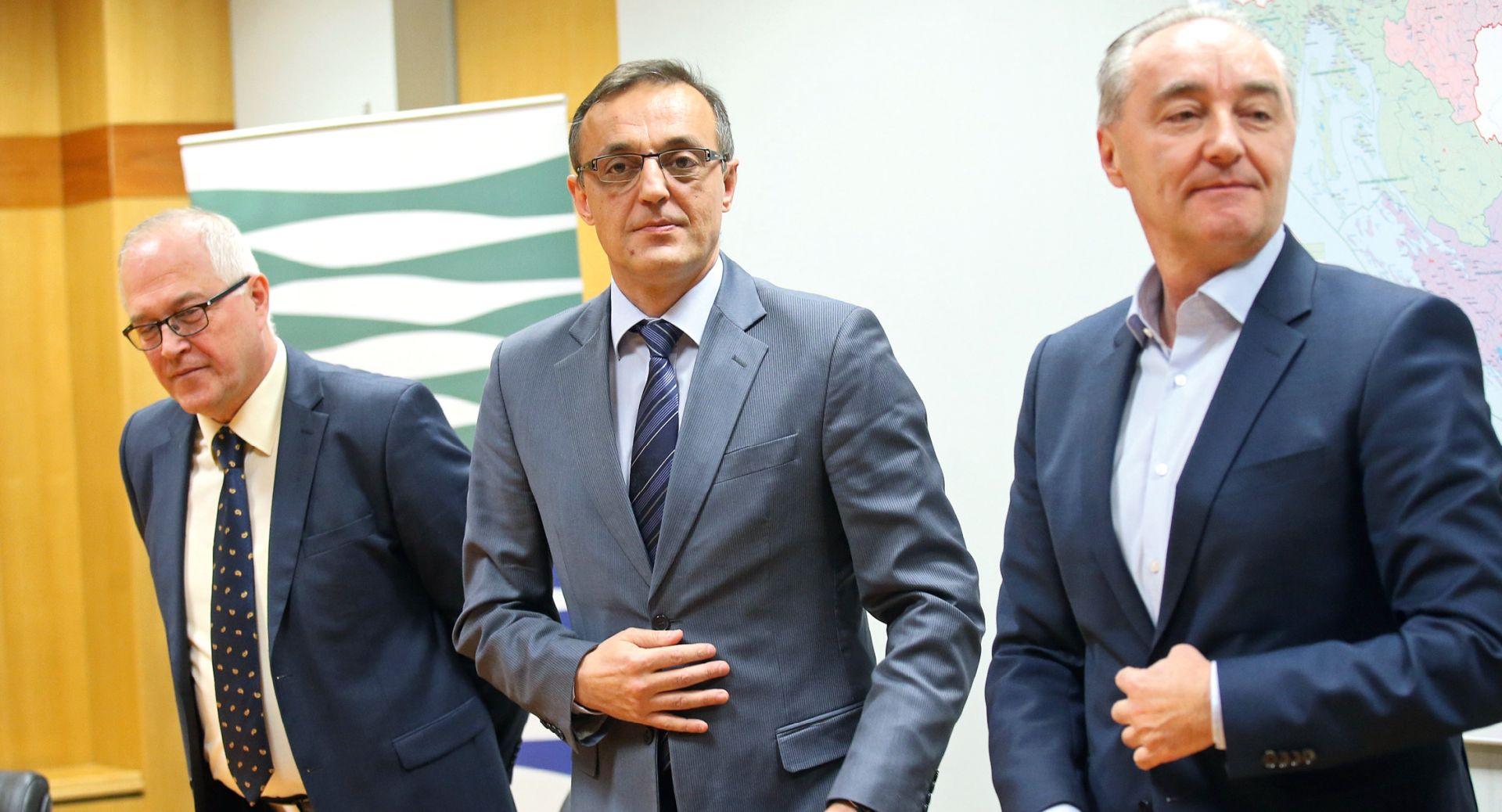 Ministar Jakovina i njegovi suradnici urušavaju Hrvatske vode