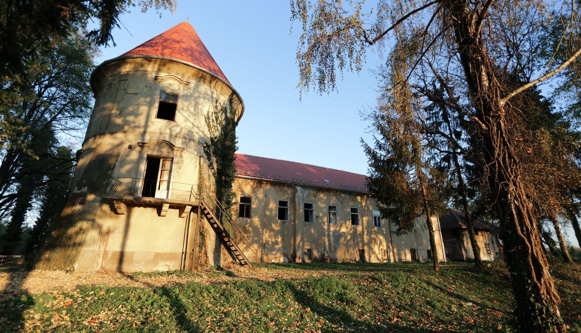 Udruga 3D dvorac Kerestinec oživjela adventskim vijencem za Guinnessovu knjigu rekorda