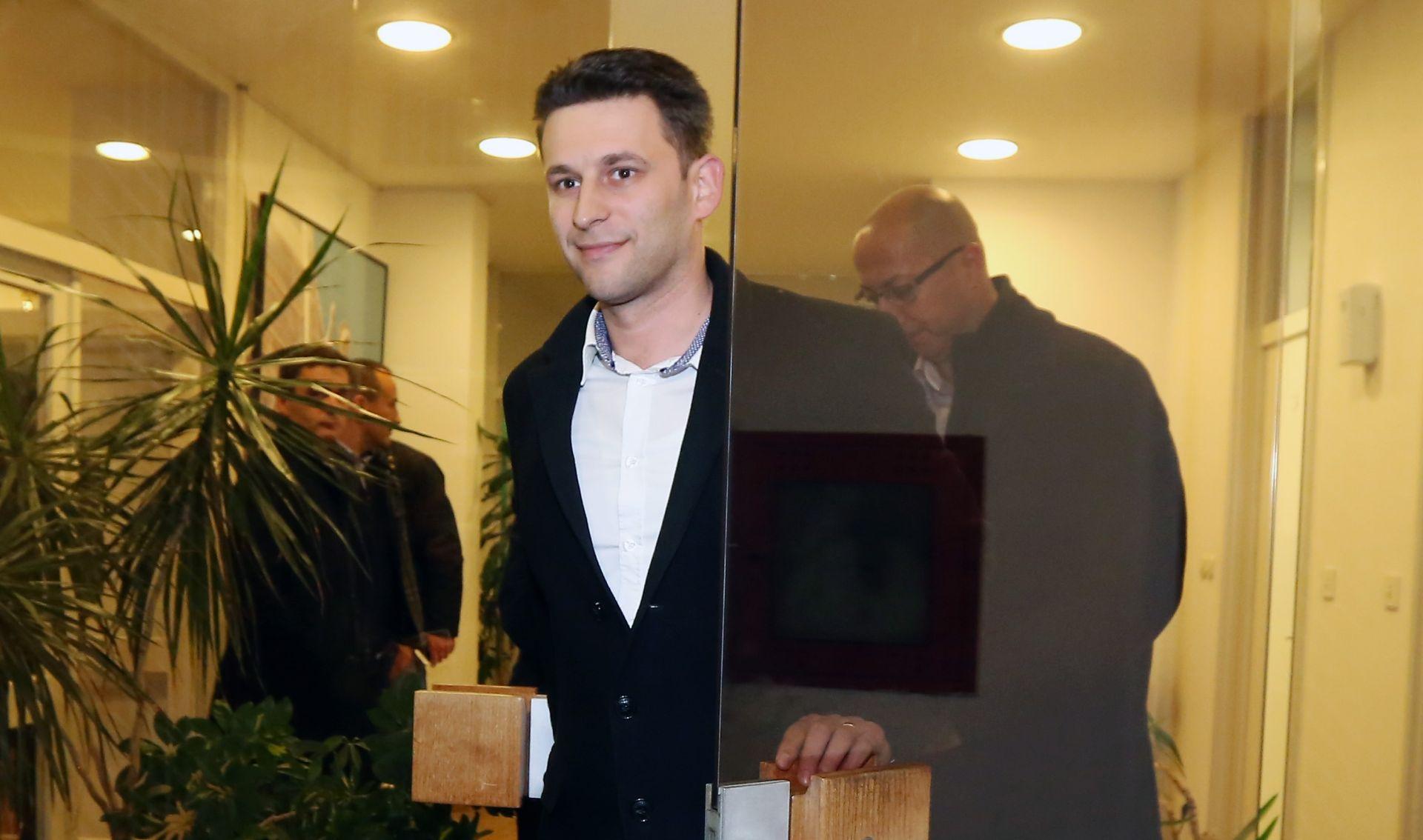 Petrov: Na sastanku Mosta, HDZ-a i SDP-a raspravljat će se i o ponudi da budem kandidat za premijera
