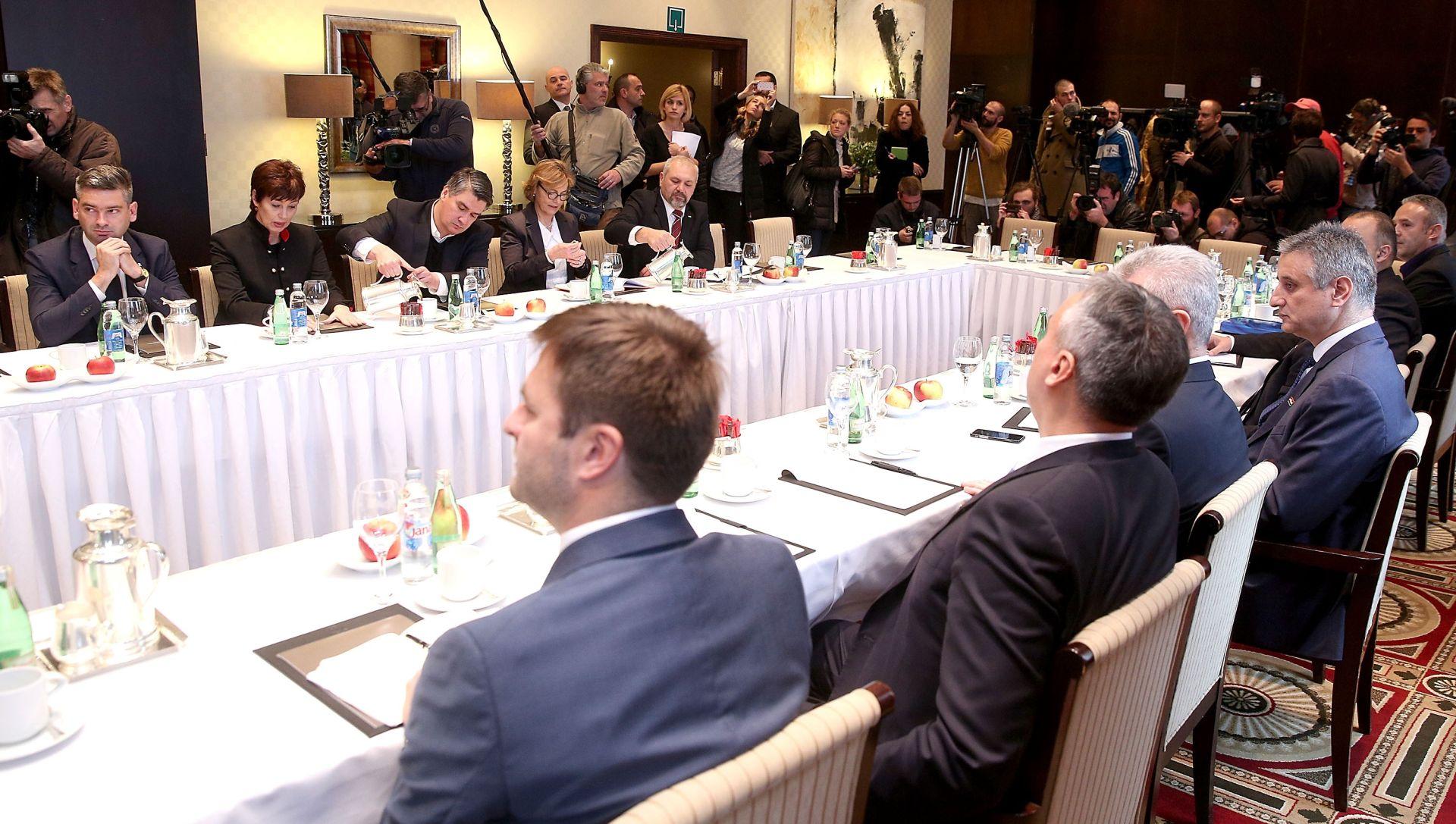 TKO ĆE BITI U DELEGACIJI? Hrvatska raste dolazi na sastanak Mosta i HDZ-a