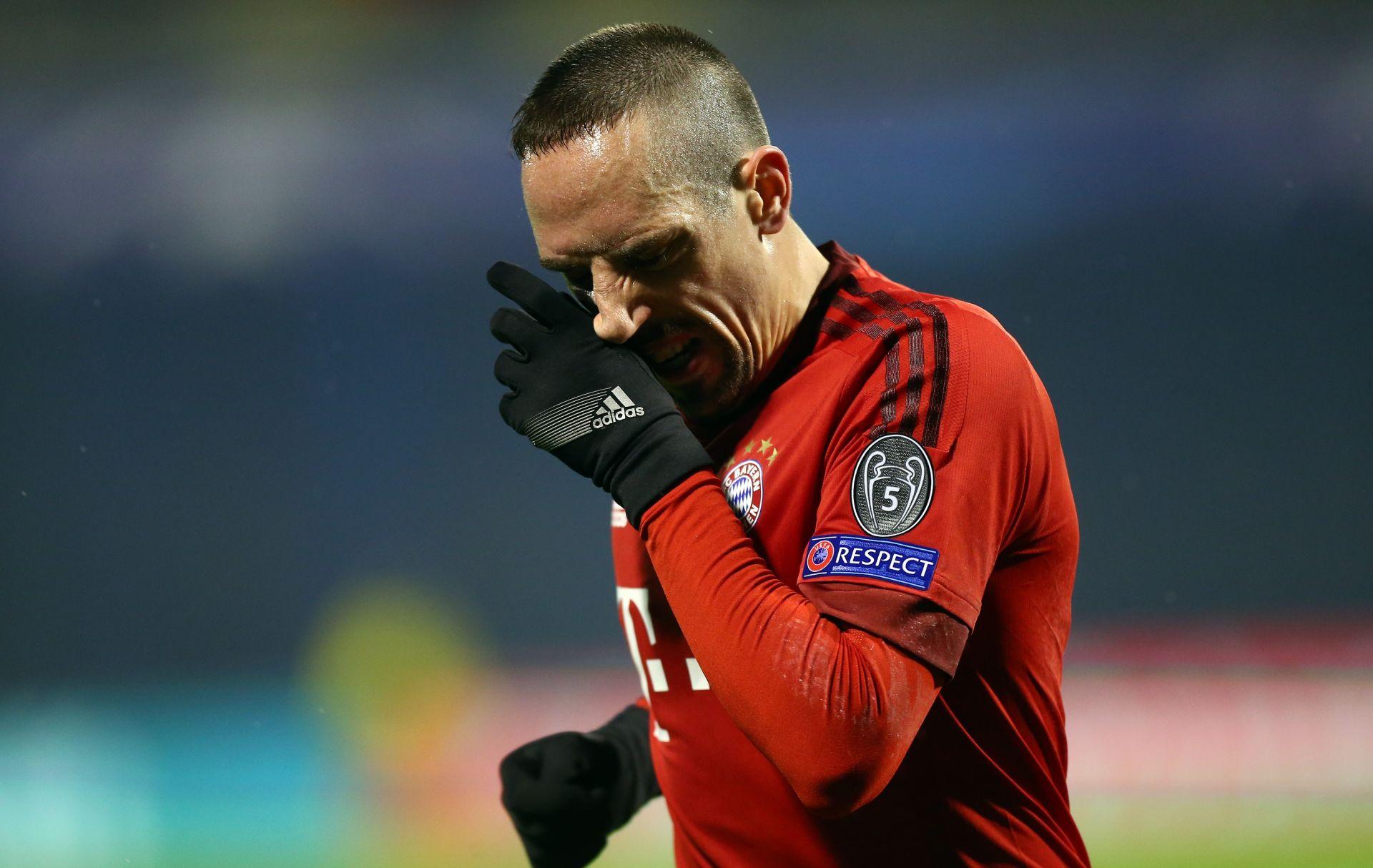 A TEK SE VRATIO Ribery se ponovno ozlijedio, pauza do kraja godine i za Benatiju