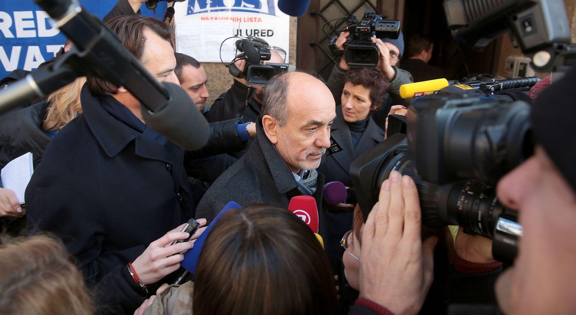 NASTAVAK U PONEDJELJAK Stručni timovi Mosta, HDZ-a i SDP-a uglavnom suglasni oko provedbi reformi