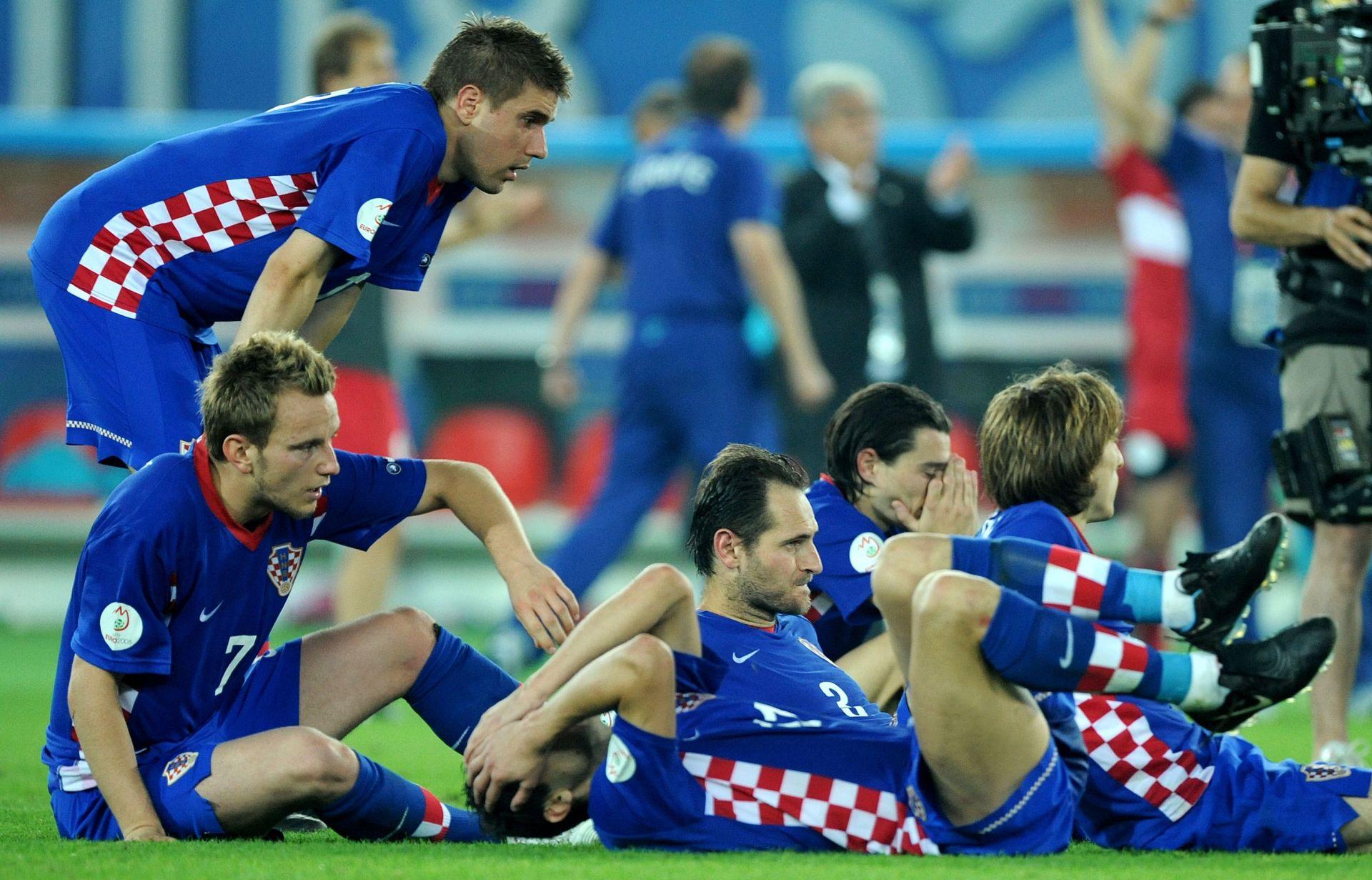 JOŠ BOLI PORAZ IZ BEČA Dosadašnje utakmice Hrvatske protiv Češke, Španjolske i Turske
