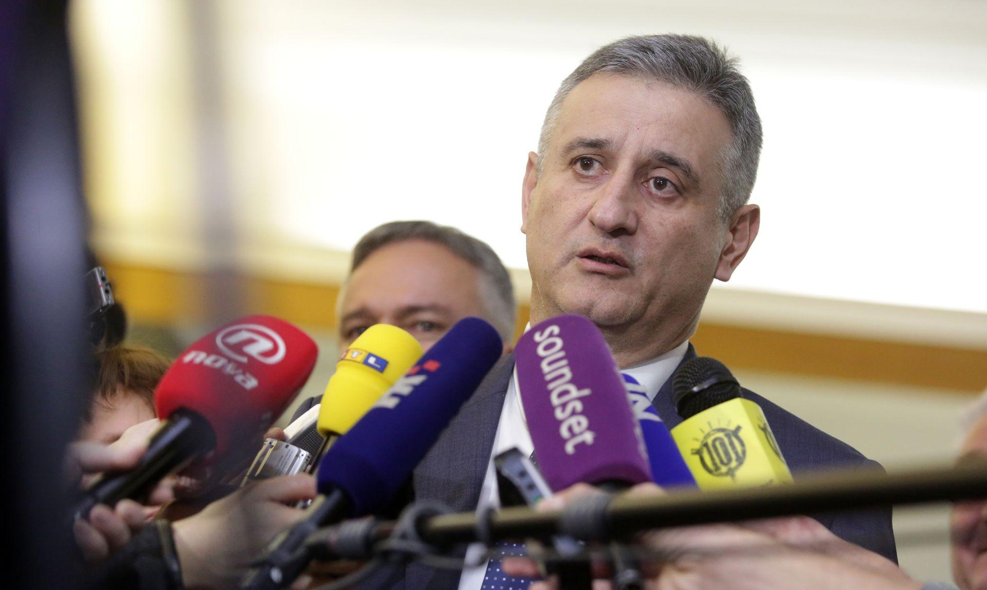 """KARAMARKO U PAUZI SJEDNICE PREDSJEDNIŠTVA HDZ-A """"Red je da Most prvi sazna što HDZ misli o pojednim točkama, a onda javnost"""""""