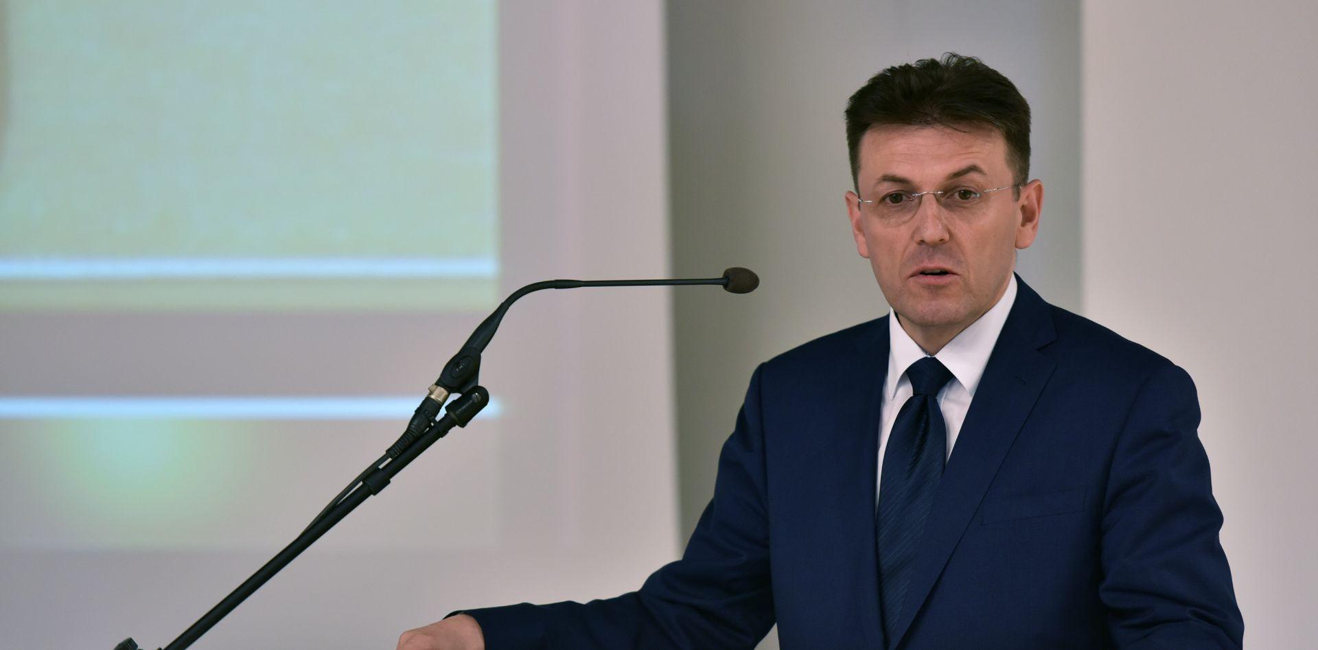 Luka Burilović pozdravlja odluku o mandataru Tihomiru Oreškoviću