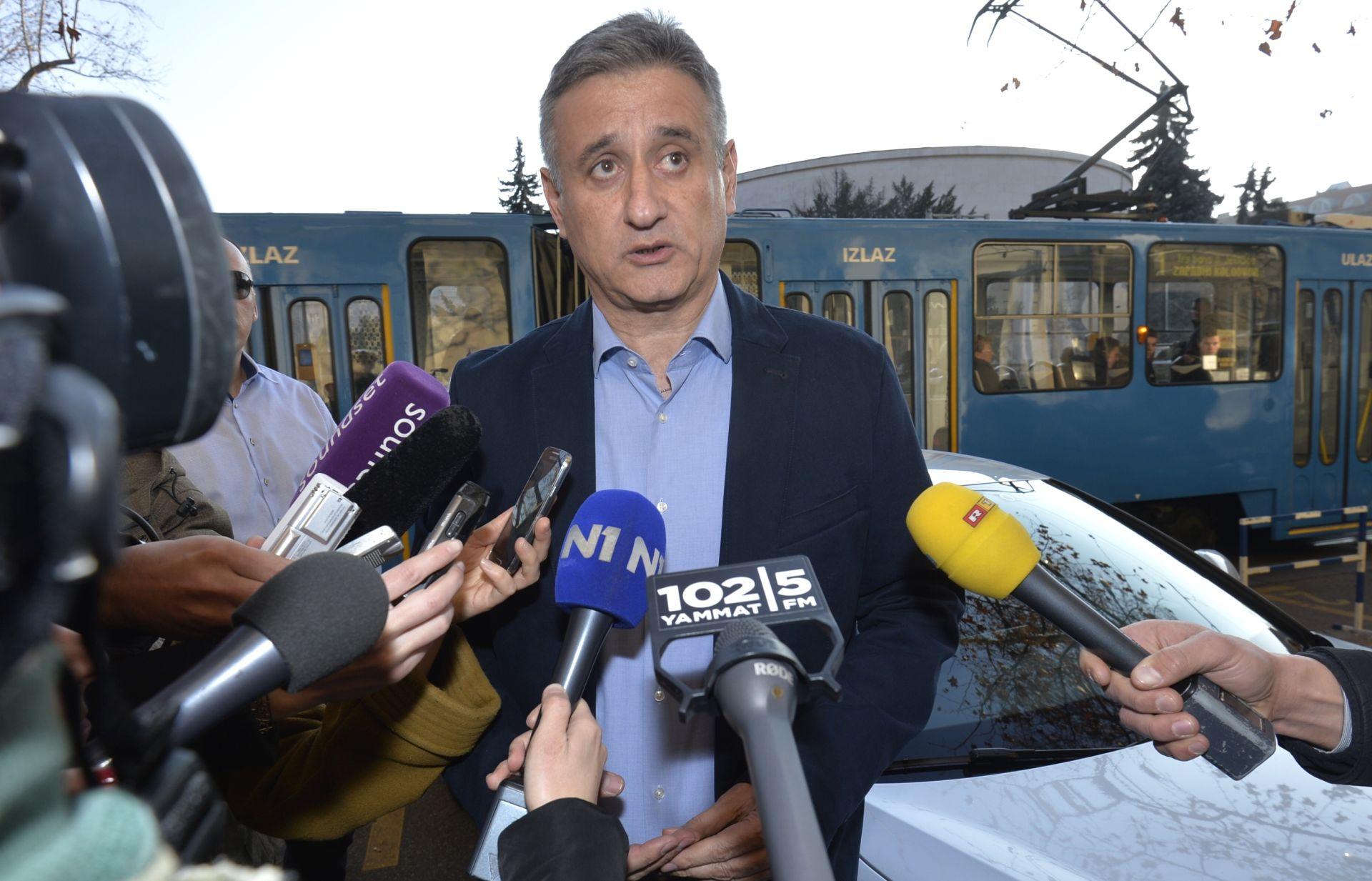 HDZ odgovorio Mostu, ali bez spominjanja tripartitne vlade