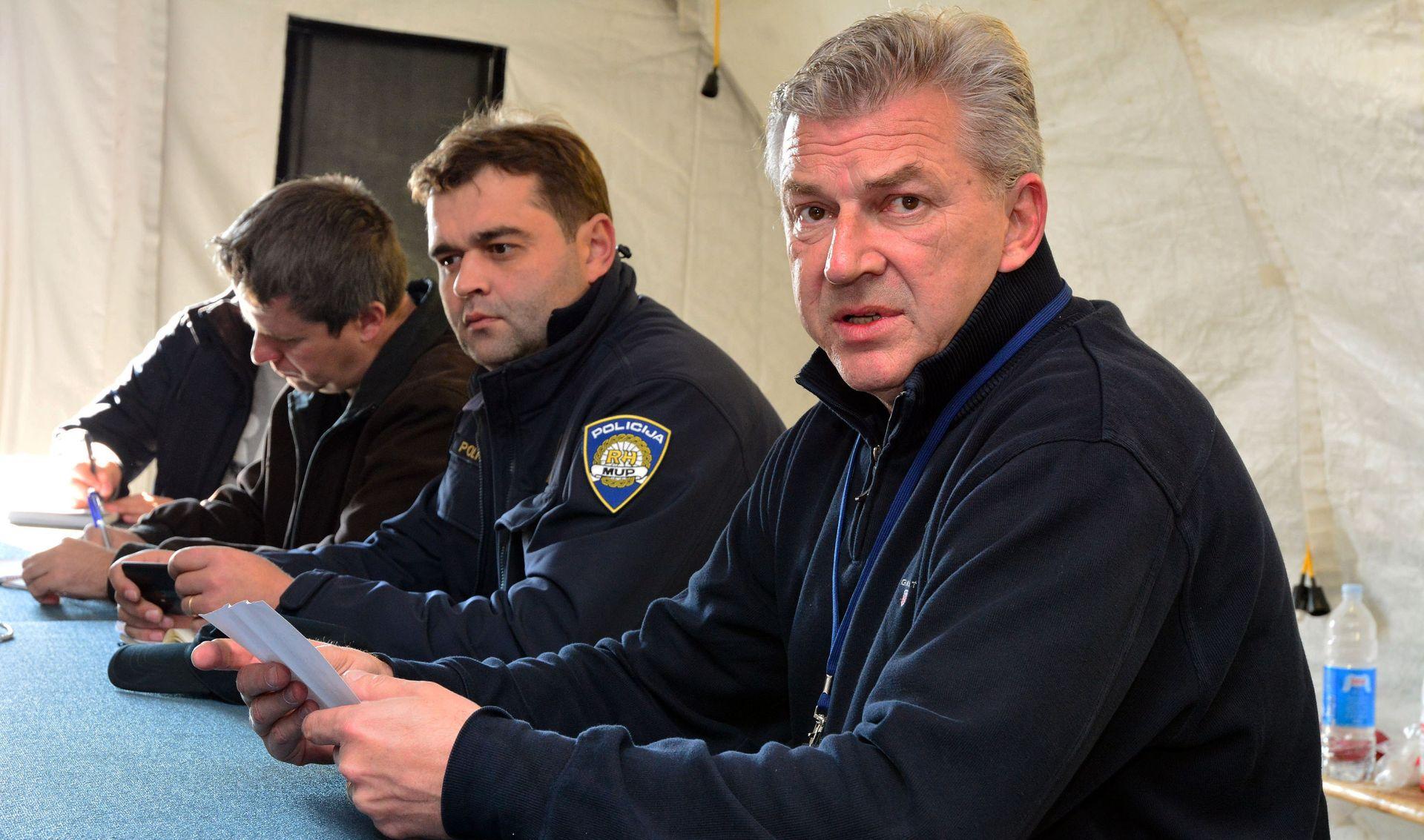RANKO OSTOJIĆ 'Hrvatska u četvrtak ulazi u postupak protiv Slovenije'