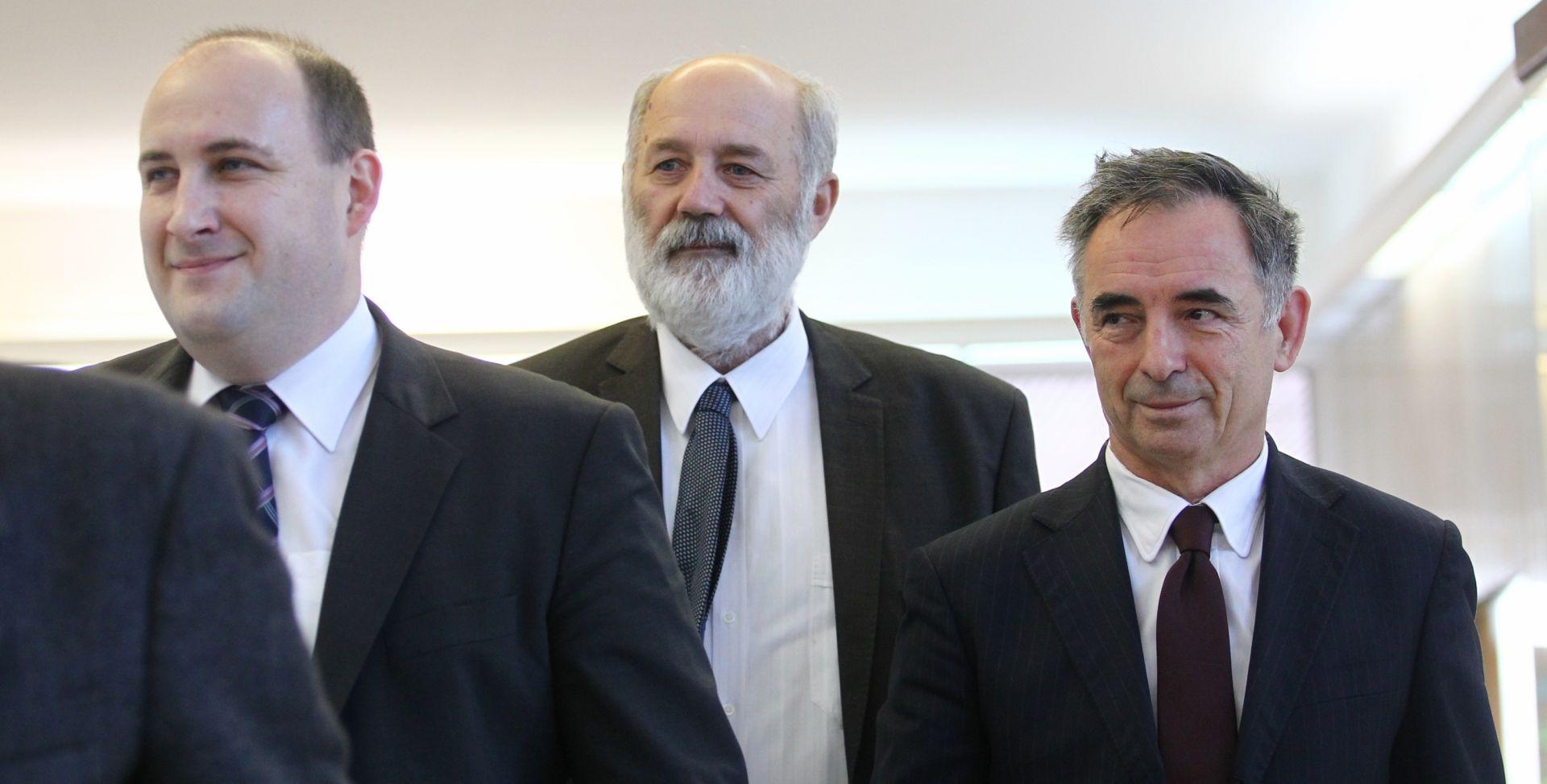 Petoro 'manjinaca' ne želi se još izjasniti o podršci mandataru Domoljubne koalicije i Mosta
