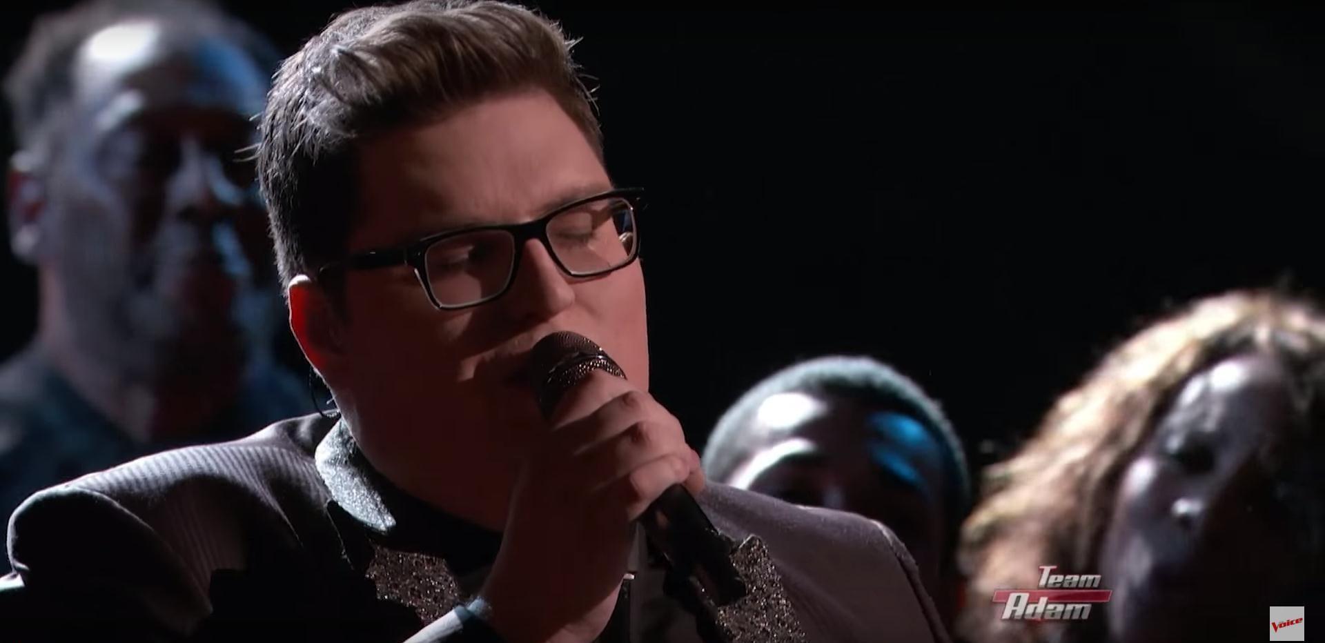 VIDEO: THE VOICE Ovaj je dečko s trona skinuo Adele! Poslušajte obradu 'Somebody To Love'