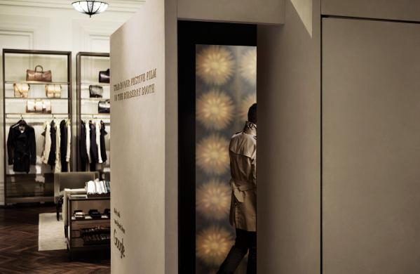 Burberry zna kako se IT i moda mogu itekako voljeti