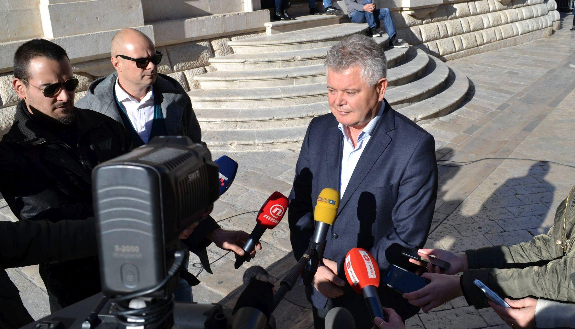 VLAHUŠIĆ: 'HDZ i Most ne znaju raditi svoj posao'