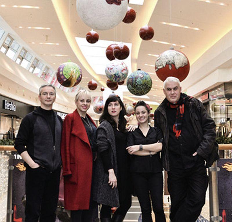 LIKOVNO POVEĆALO: Akademski umjetnici u božićnom pohodu na zagrebački šoping centar