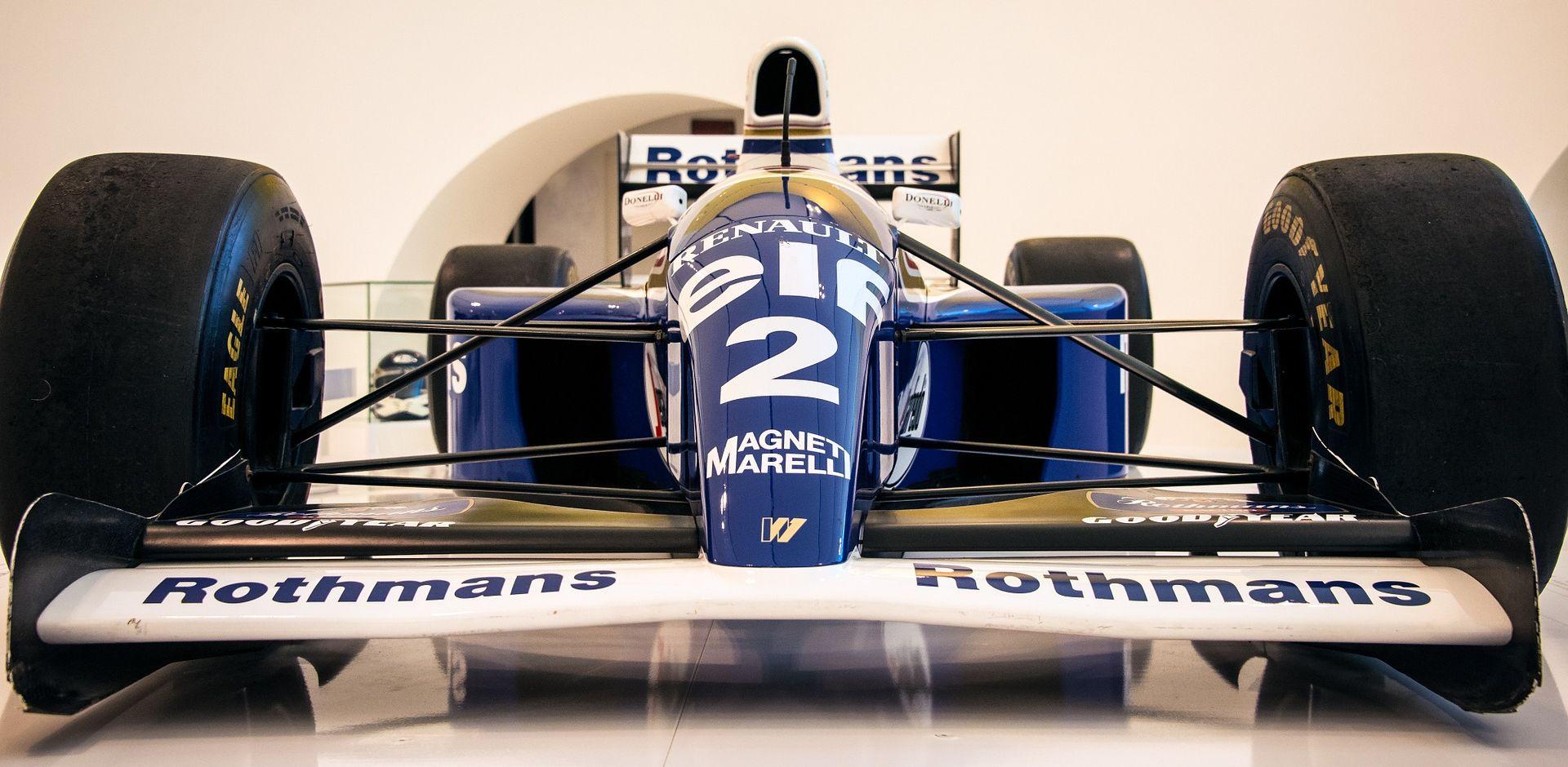 Renault zaključio preuzimanje Lotusa, vraćaju se u Formulu 2016.