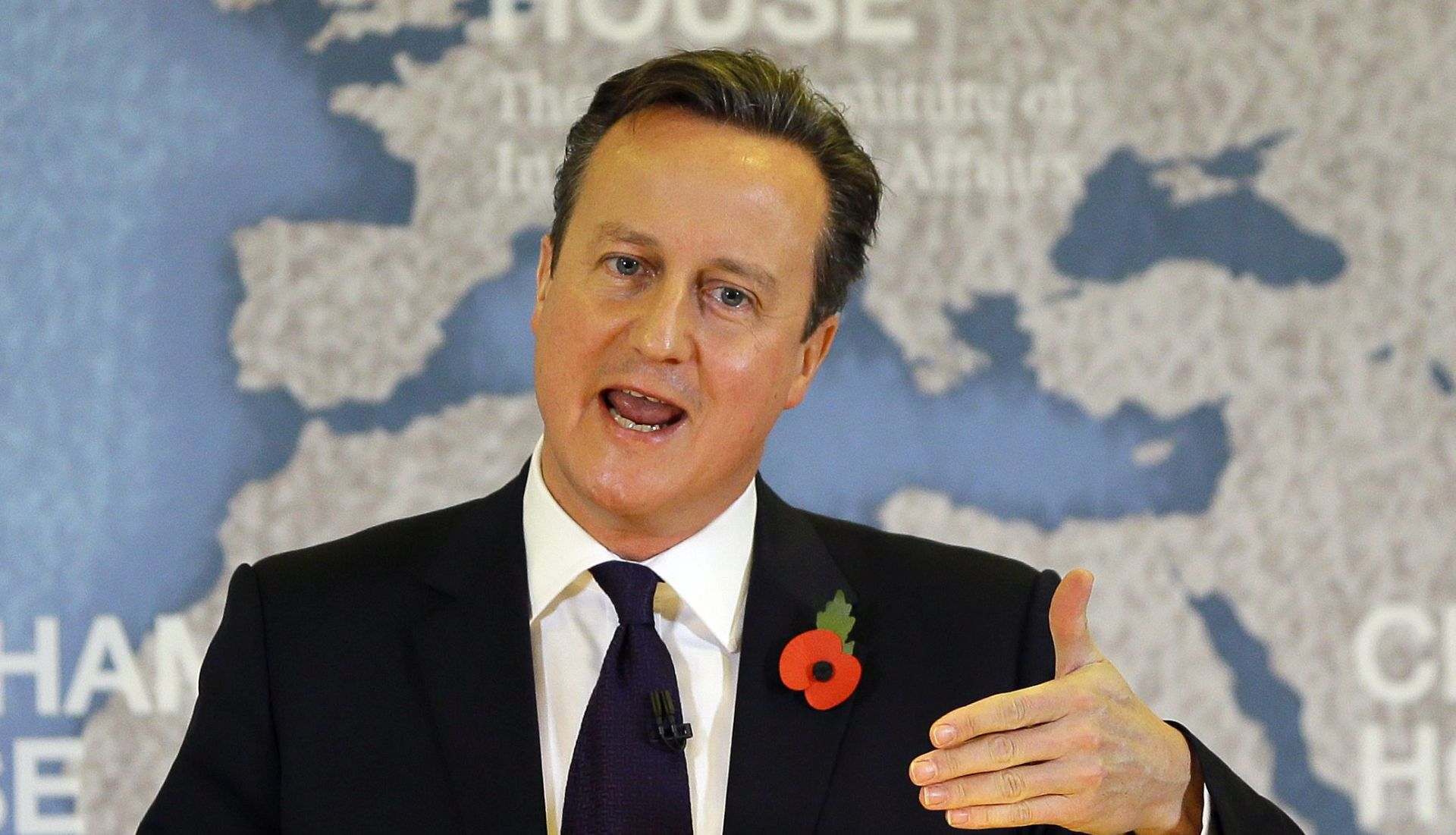 ŽELI ZAPOČETI AKCIJU Cameron: Vlada jednoglasna oko zračnih udara u Siriji