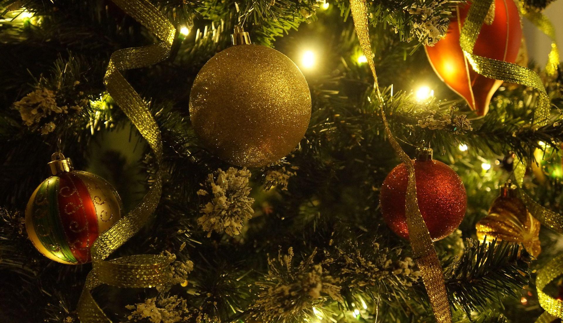 Jesu li umjetna božićna drvca štetna za zdravlje?