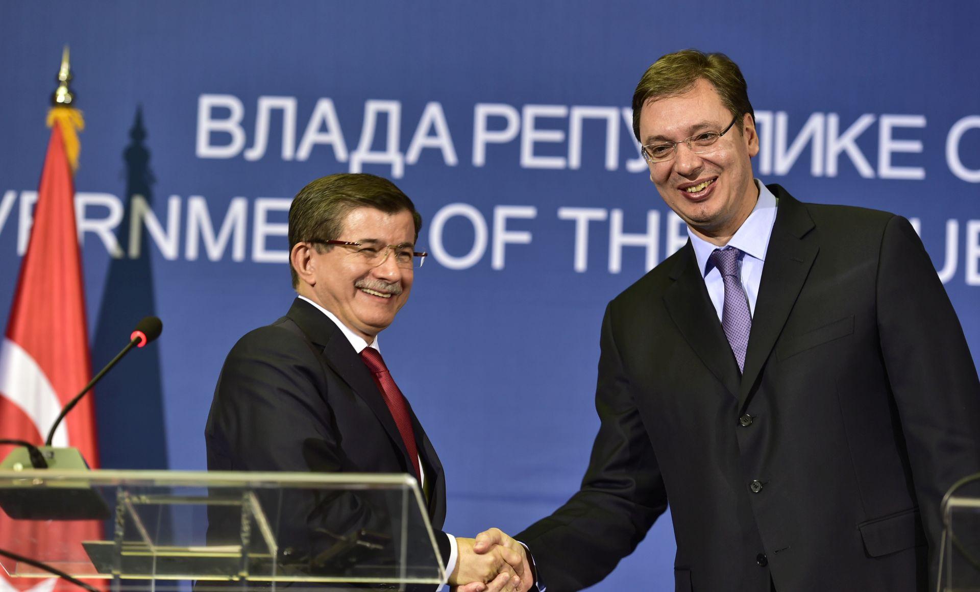 NOVA ULAGANJA: Davutoglu započeo posjet Srbiji, Vučić poziva turske investitore