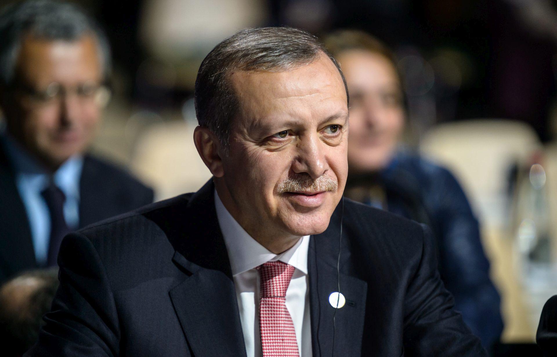 """NAJAVIO OSTAVKU Erdogan: Nitko nema pravo """"klevetati"""" Tursku"""