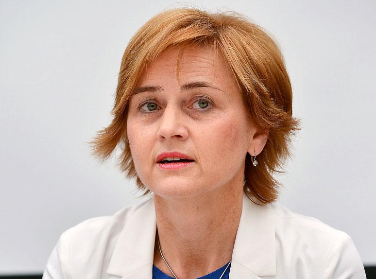SANDRA ŠVALJEK OTKRIVA: 'HDZ i SDP godinama su manipulirali javnim dugom i biračima'