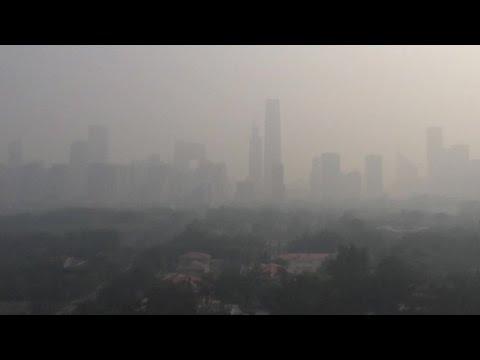 VIDEO: Peking izdao 'crveno upozorenje' zbog zagađenosti zraka