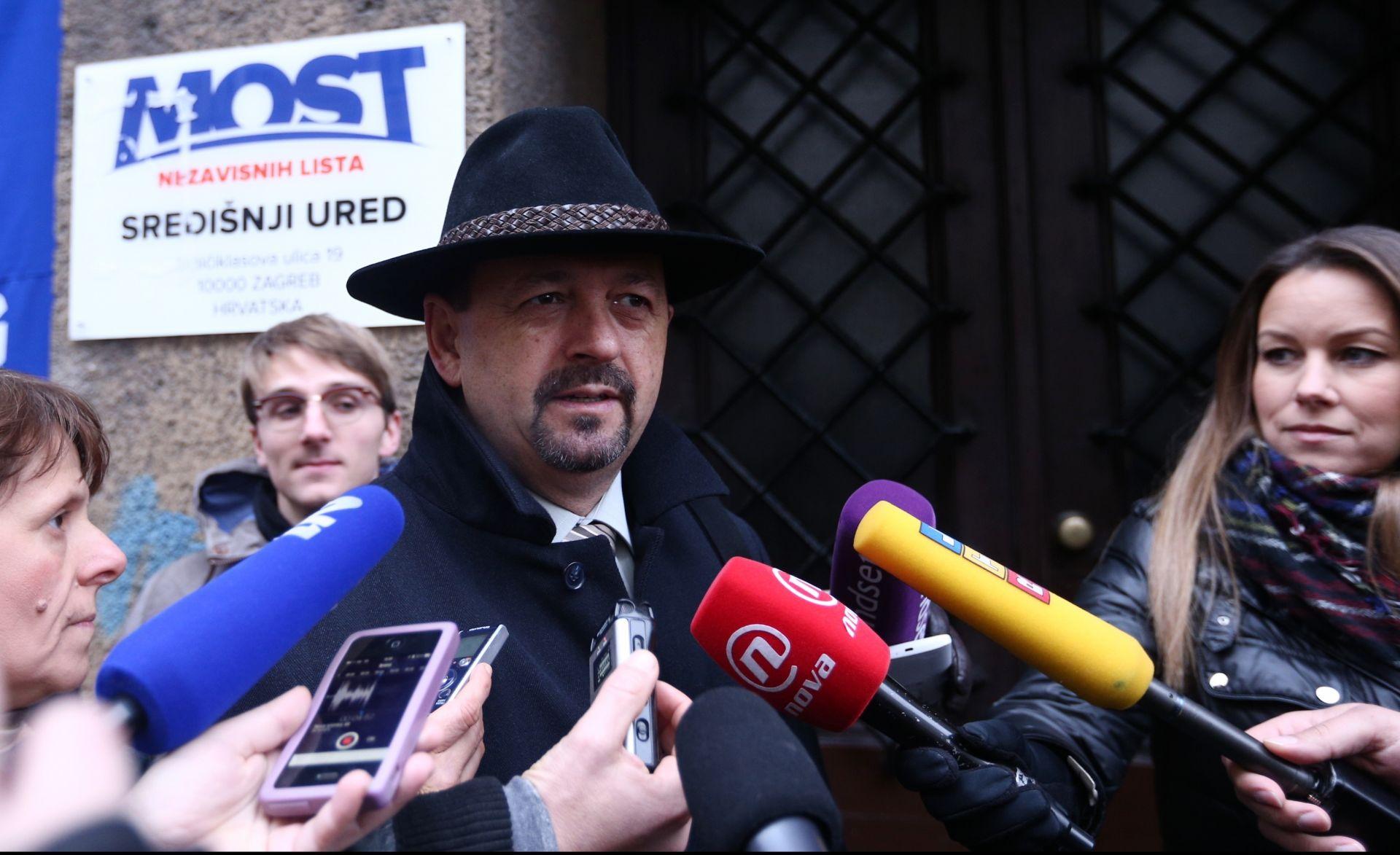NAKON SASTANKA Lovrinović: Ni Milanović ni Karamarko ne mogu biti mandatar