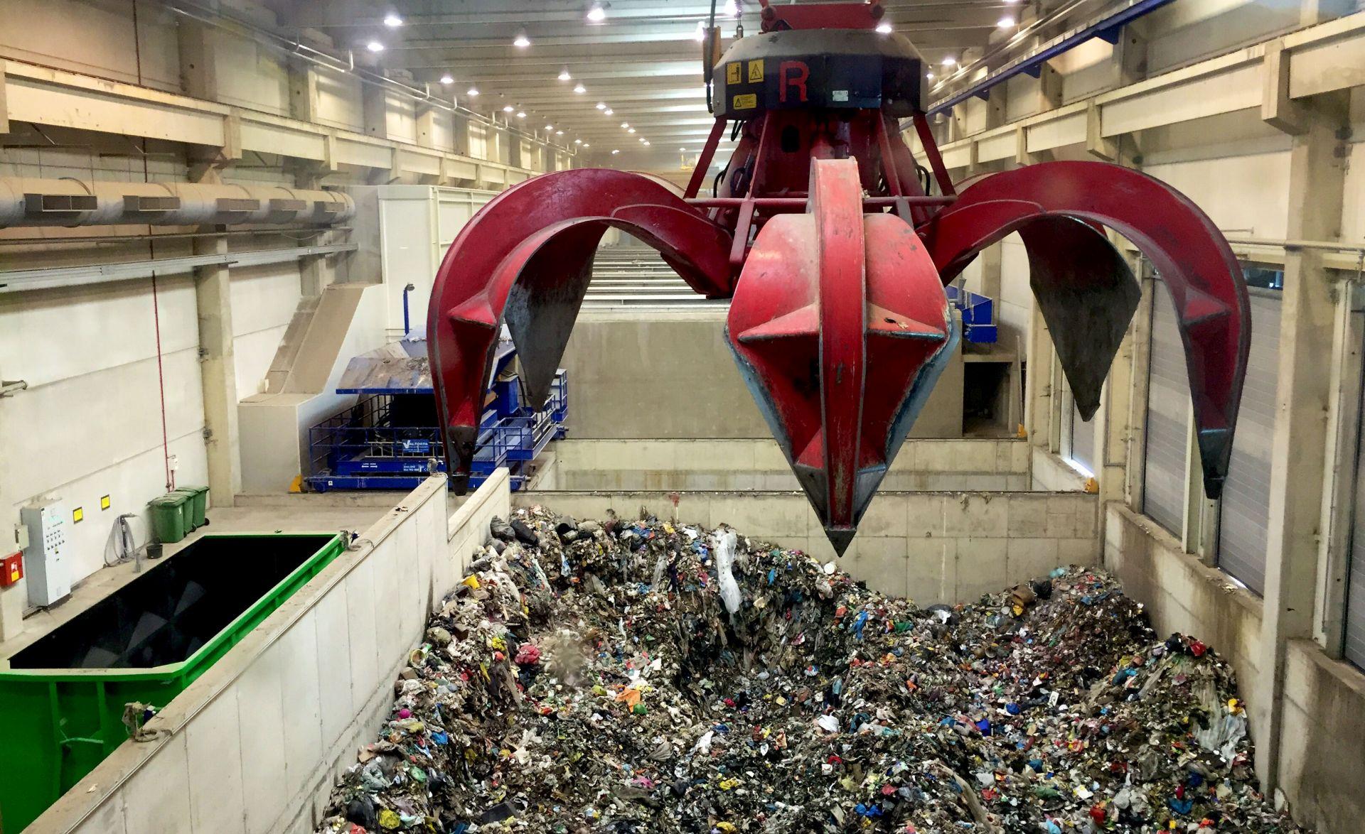 IZ OTPADA SE PROIZVODI I GORIVO: Tijekom probnog rada centra Marišćina obrađeno 5000 tona otpada