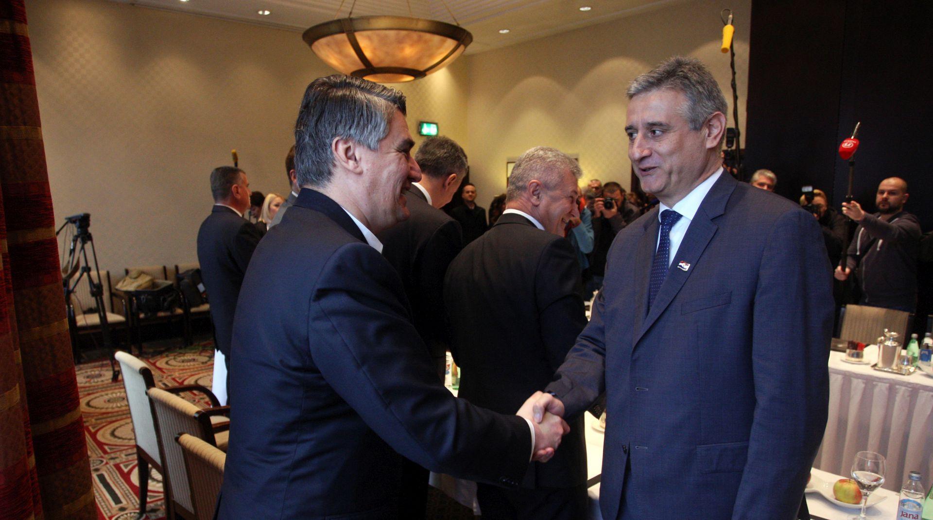 ODLUKA O SPORAZUMU TRIPARTITNE VLADE: Predsjedništvo HDZ-a u podne, a SDP-a u 17 sati odlučuju hoće li potpisati