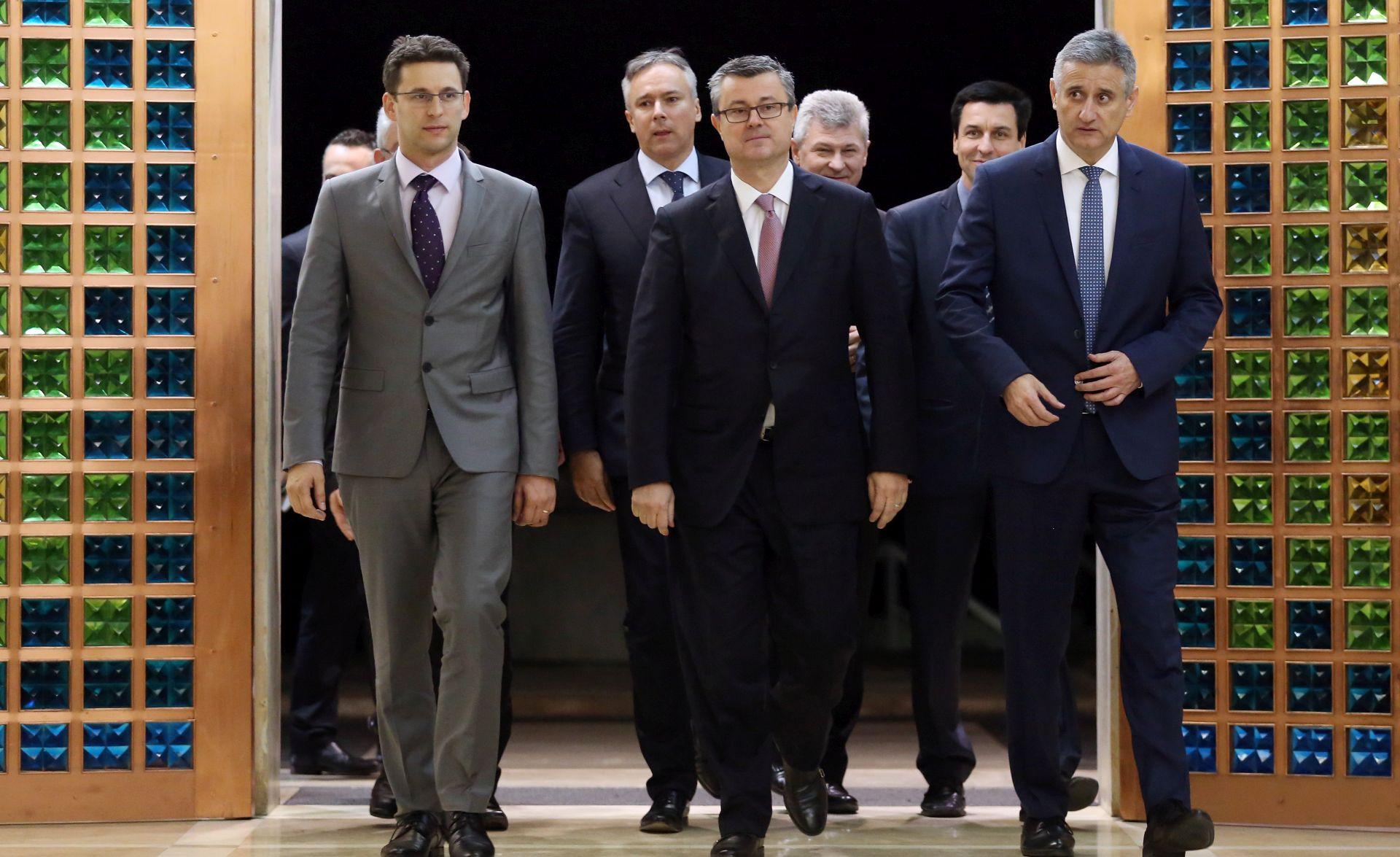 PLANOVI NOVOG MANDATARA: Tri ključne reforme i projekti s kojima će krenuti Tihomir Orešković