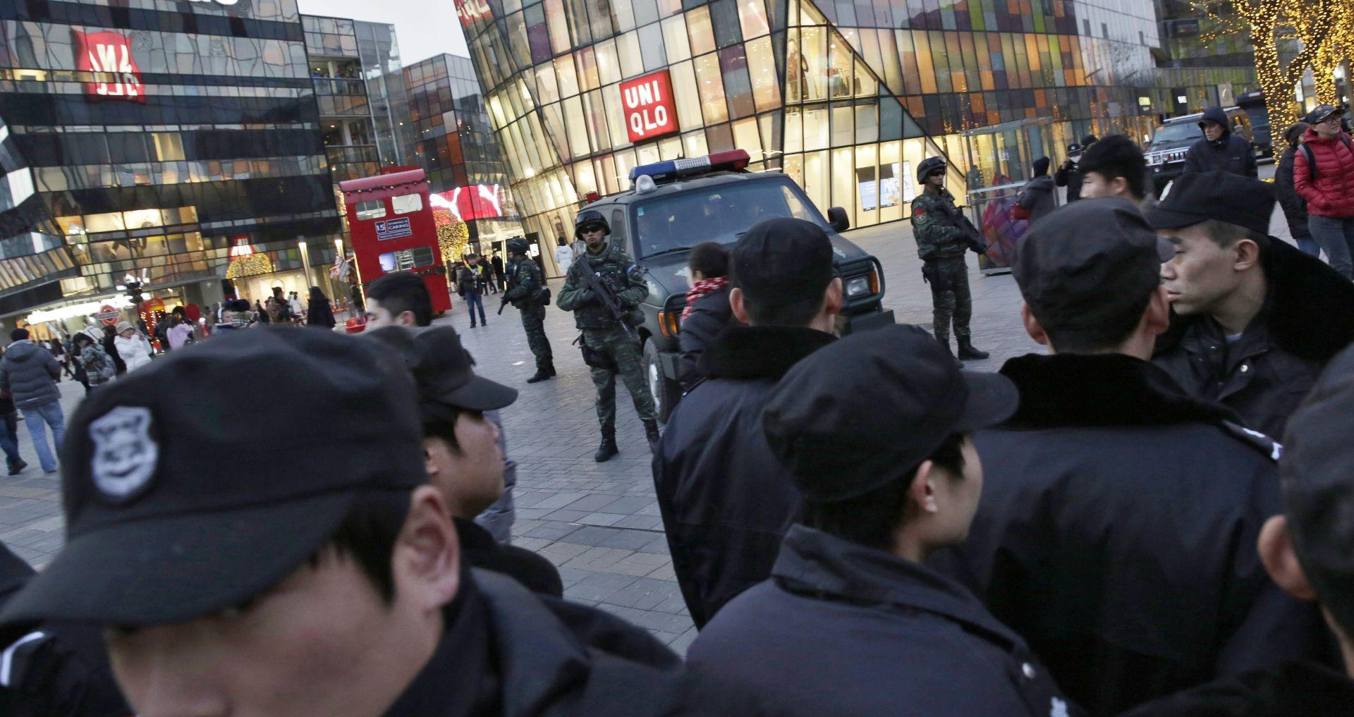 POJAČANA POLICIJSKA OPHODNJA: Sigurnosno upozorenje za zapadnjake u Pekingu