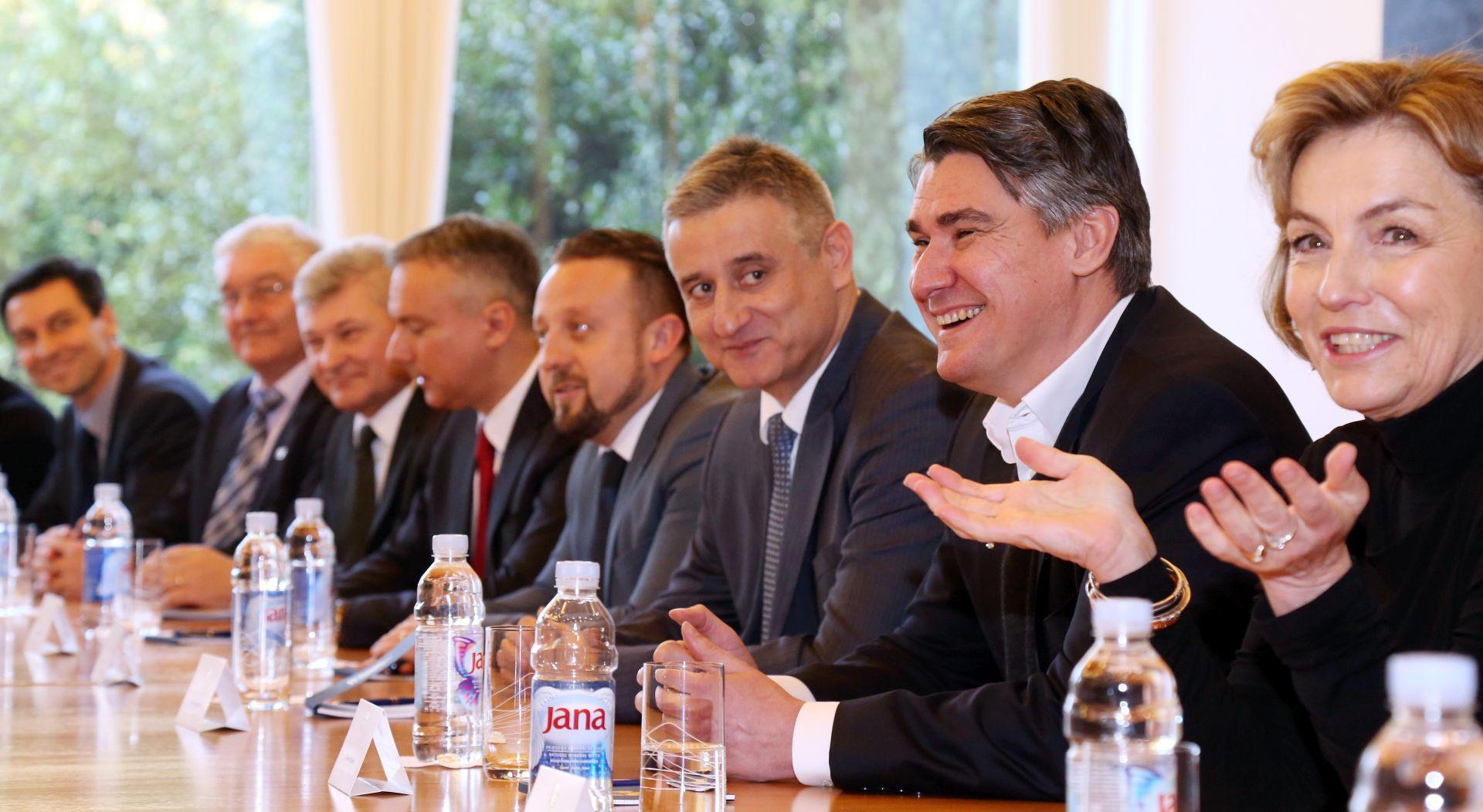 NOVI OBRAT U MOSTU: HDZ pozvan natrag za pregovarački stol