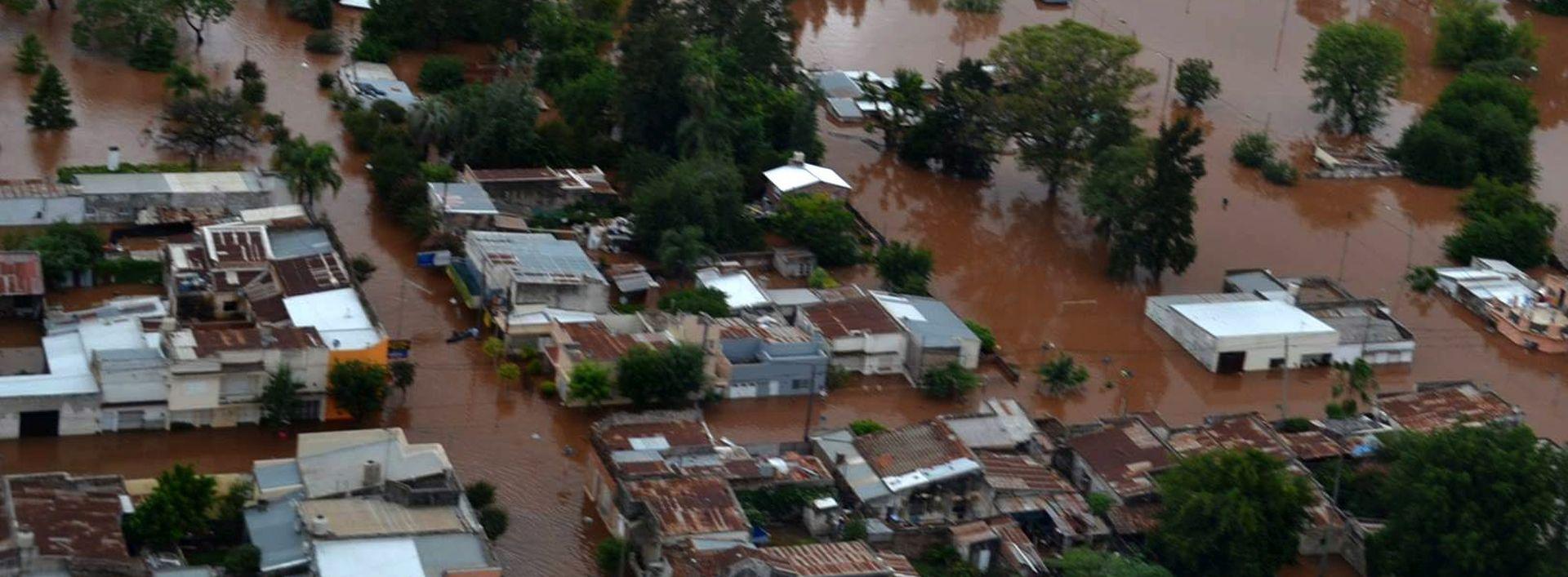 EL NINO: Najmanje osam osoba izgubilo život u poplavama u Južnoj Americi