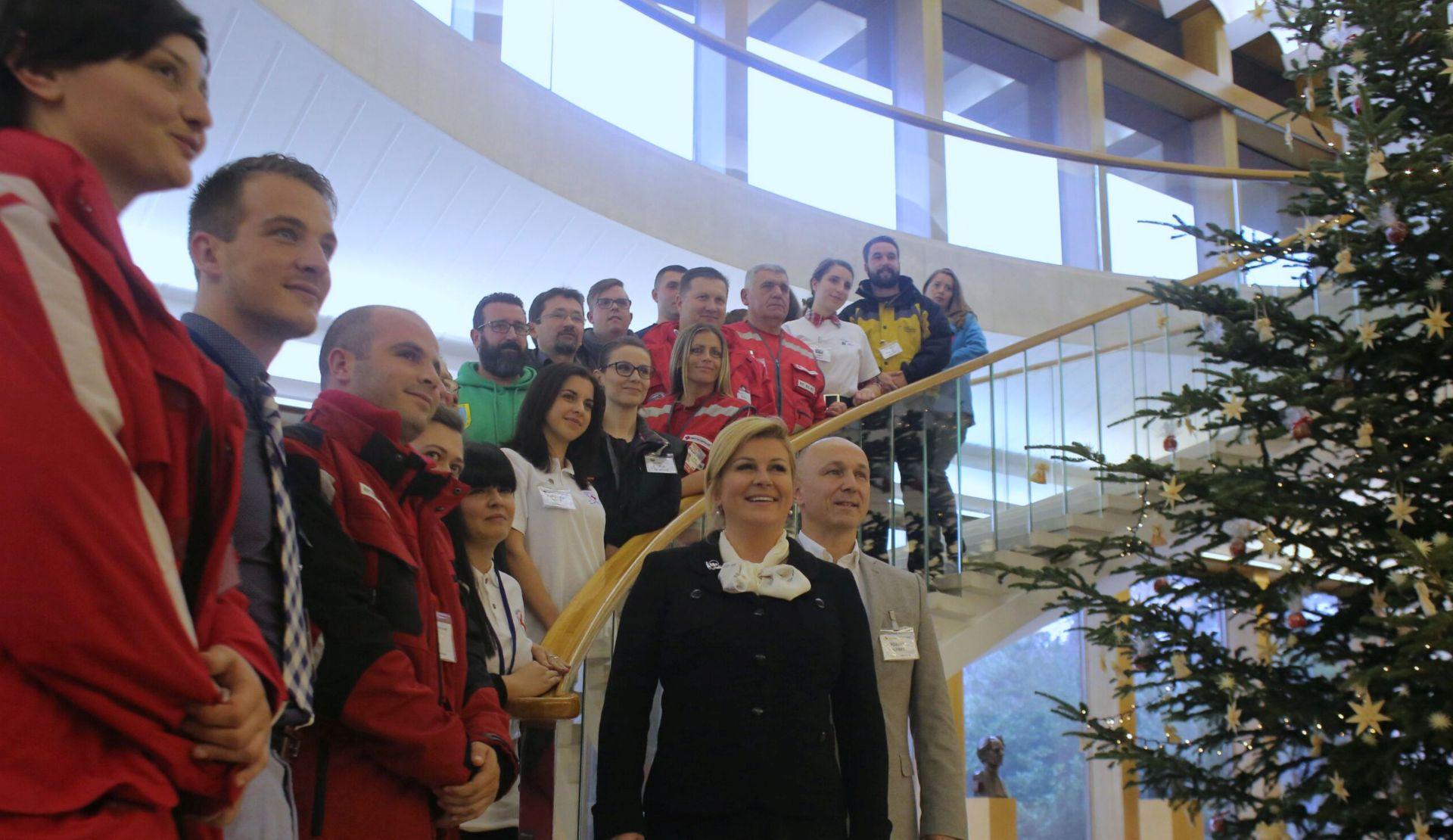 HUMANOST U HRVATSKOJ: Predsjednica Grabar-Kitarović primila volontere u povodu njihovog dana
