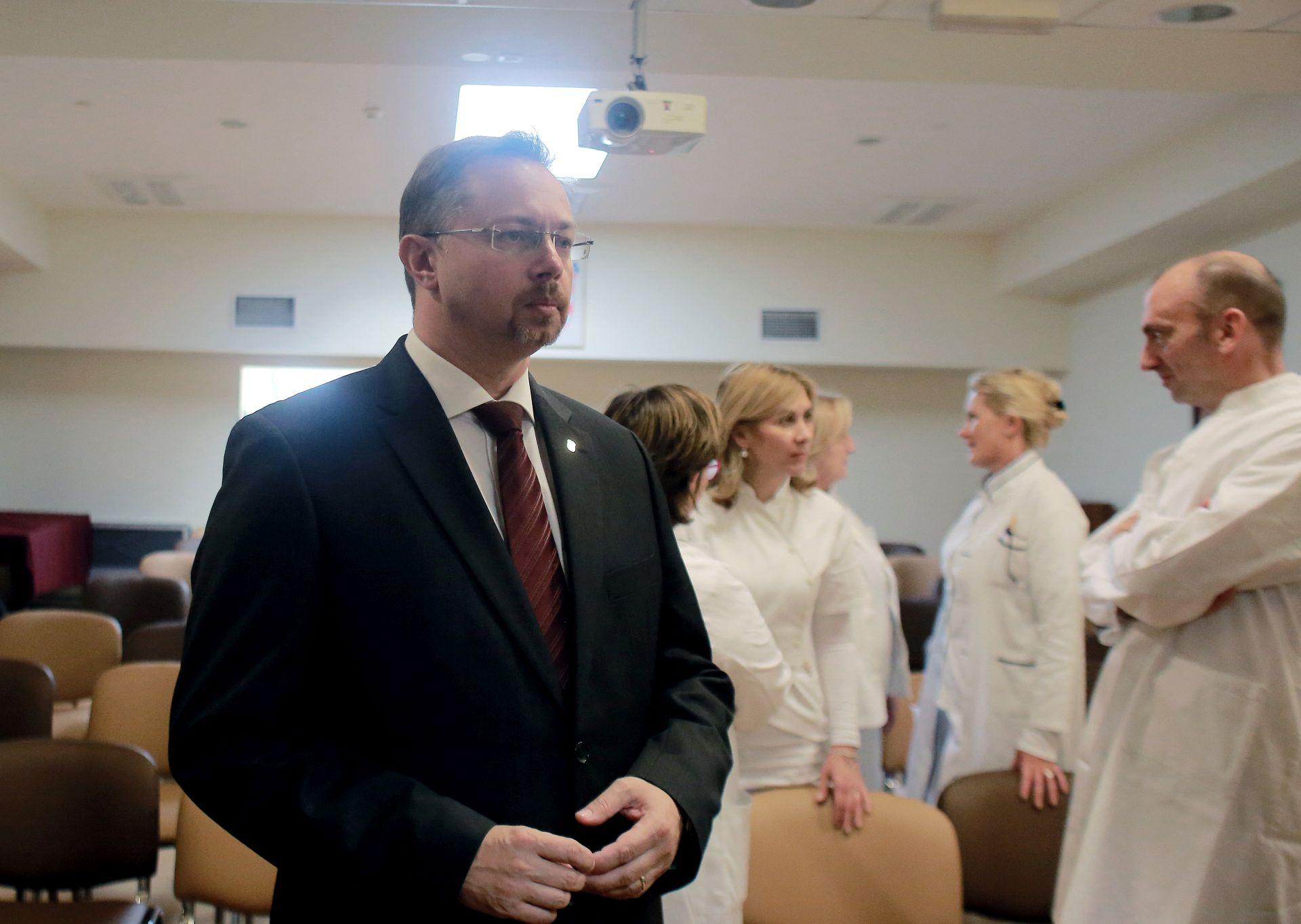 PREVENTIVNI PREGLED: Ministar Varga nezadovoljan odzivom na pregled za rak debelog crijeva