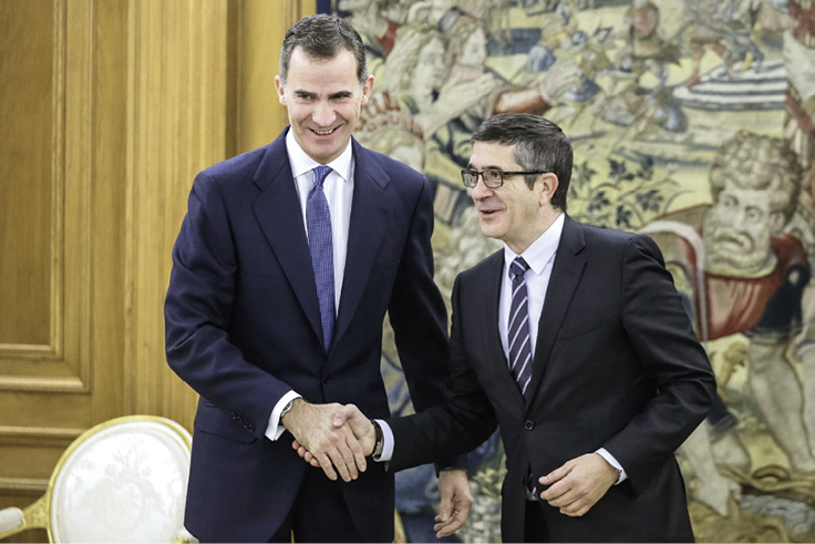Španjolski kralj Felipe VI. s predsjednikom Parlamenta Oatxijem Lópezom tijekom konzultacija oko sastava nove španjolske vlade. FOTO: POOL/GULIVER/GETTY IMAGES