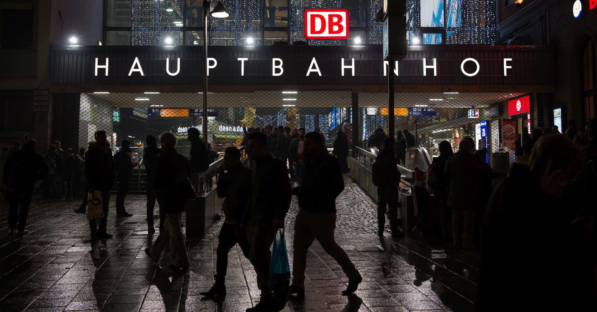 STRAH U MÜNCHENU Noćas evakuirane dvije željezničke postaje, IS planirao samoubilačke napade?