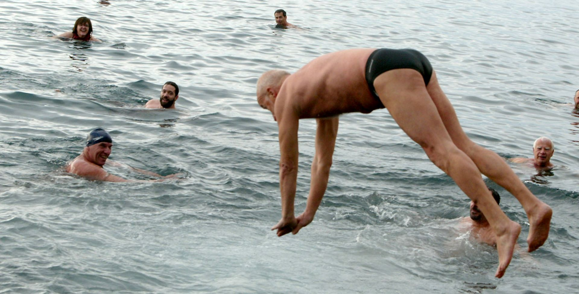 Opatija: Novogodišnja zdravica i početak sezone kupanja u moru