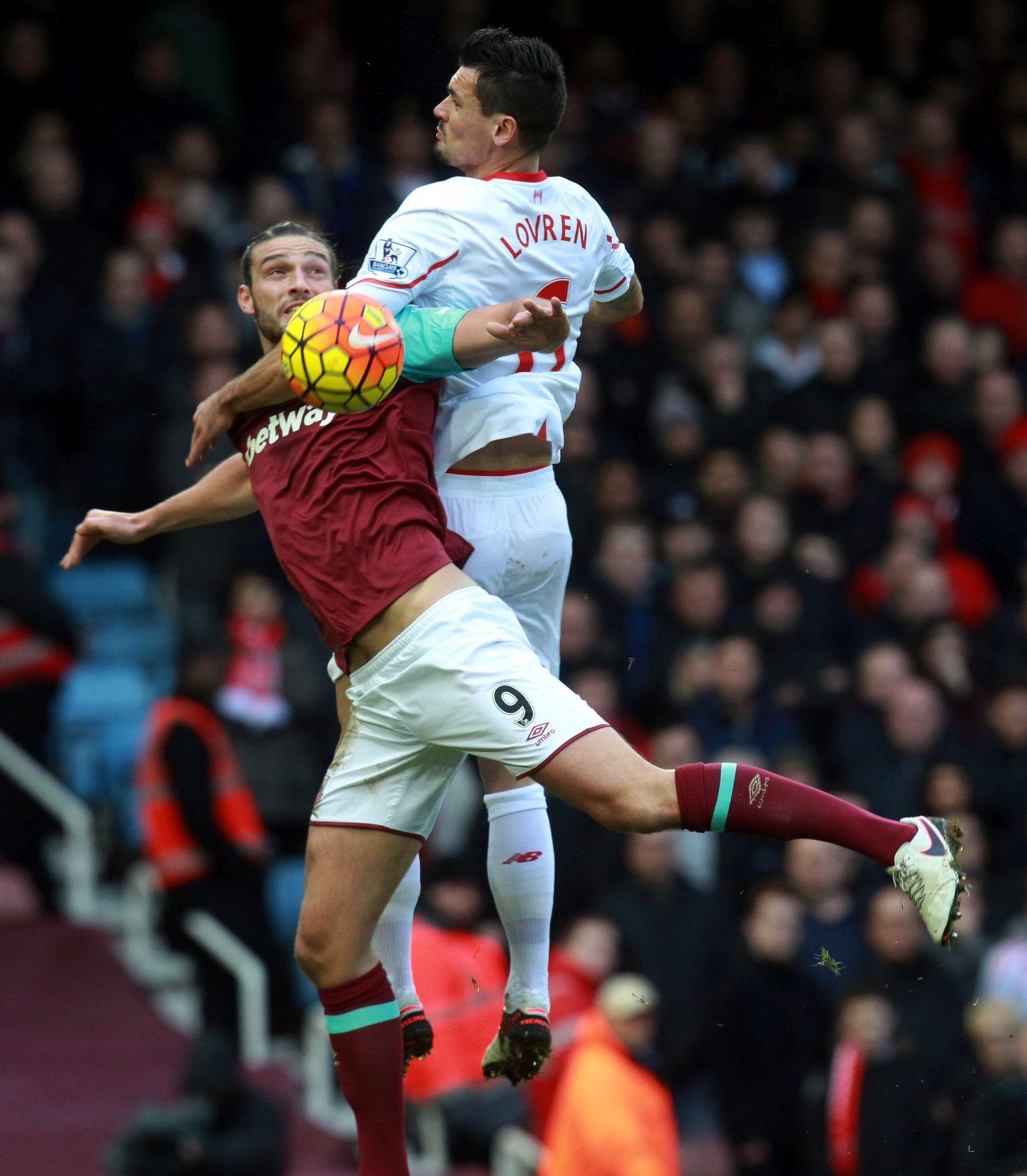 West Ham bi mogao prodati Carrolla, spremni saslušati sve ponude