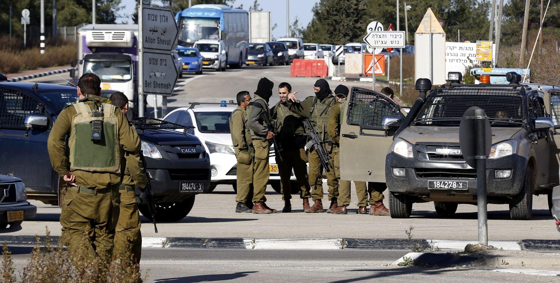 VOJSKA Ubijena tri Palestinca u pokušaju napada na izraleske vojnike