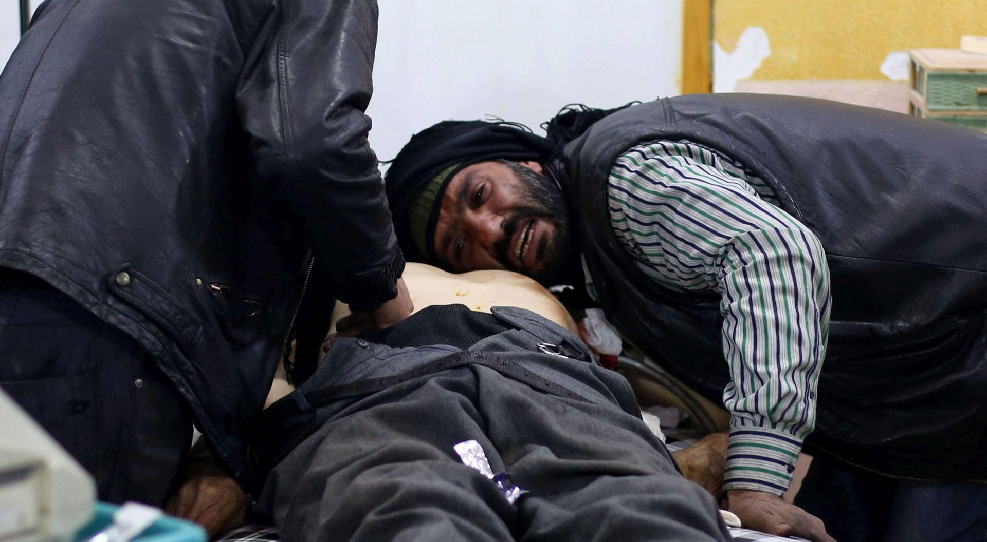 Sirija: Najmanje 135 mrtvih u sukobima režimskih snaga i IS