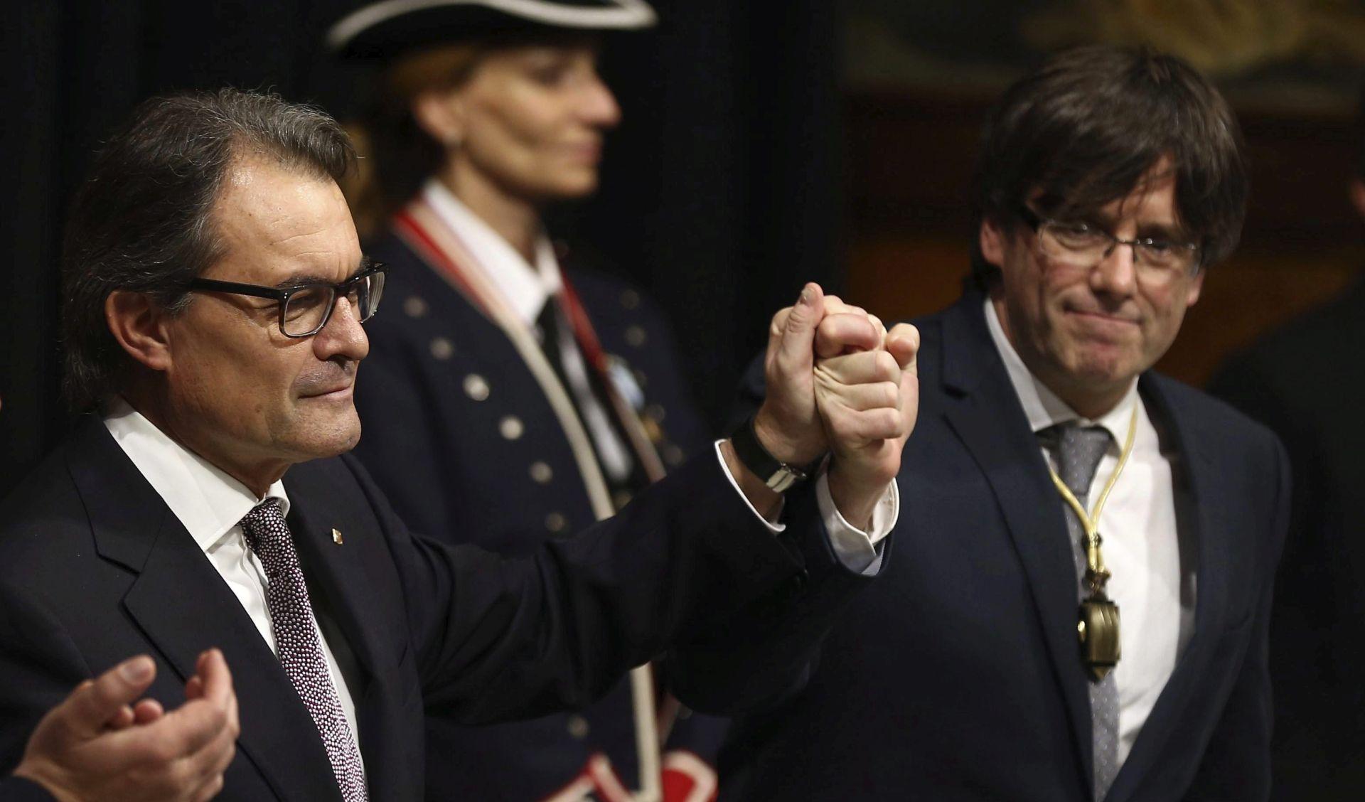 Predsjednik katalonske vlade odbio prisegnuti na odanost španjolskom kralju