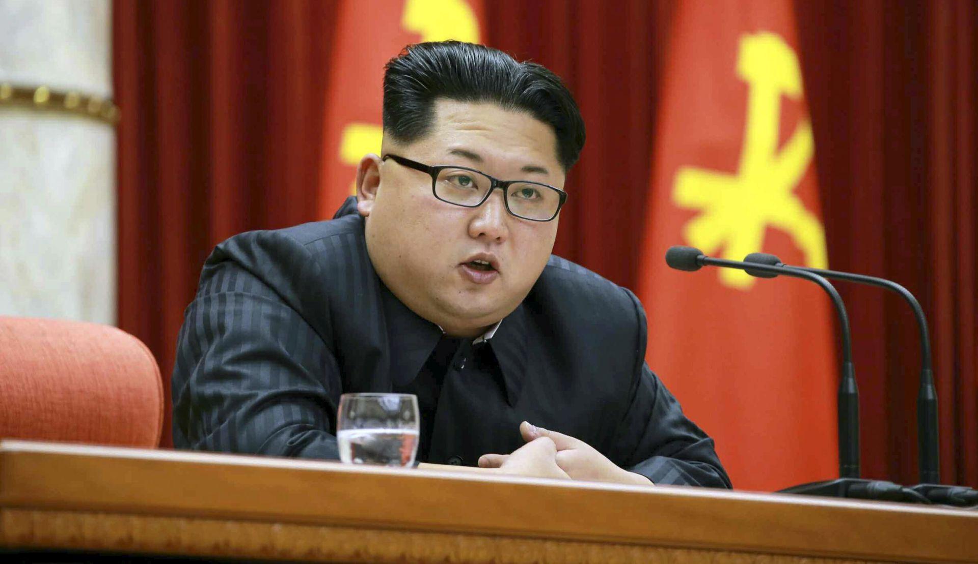 SJEVERNA KOREJA Obustava nuklearnih pokusa u zamjenu za mirovni sporazum i obustavu vojnih vježbi