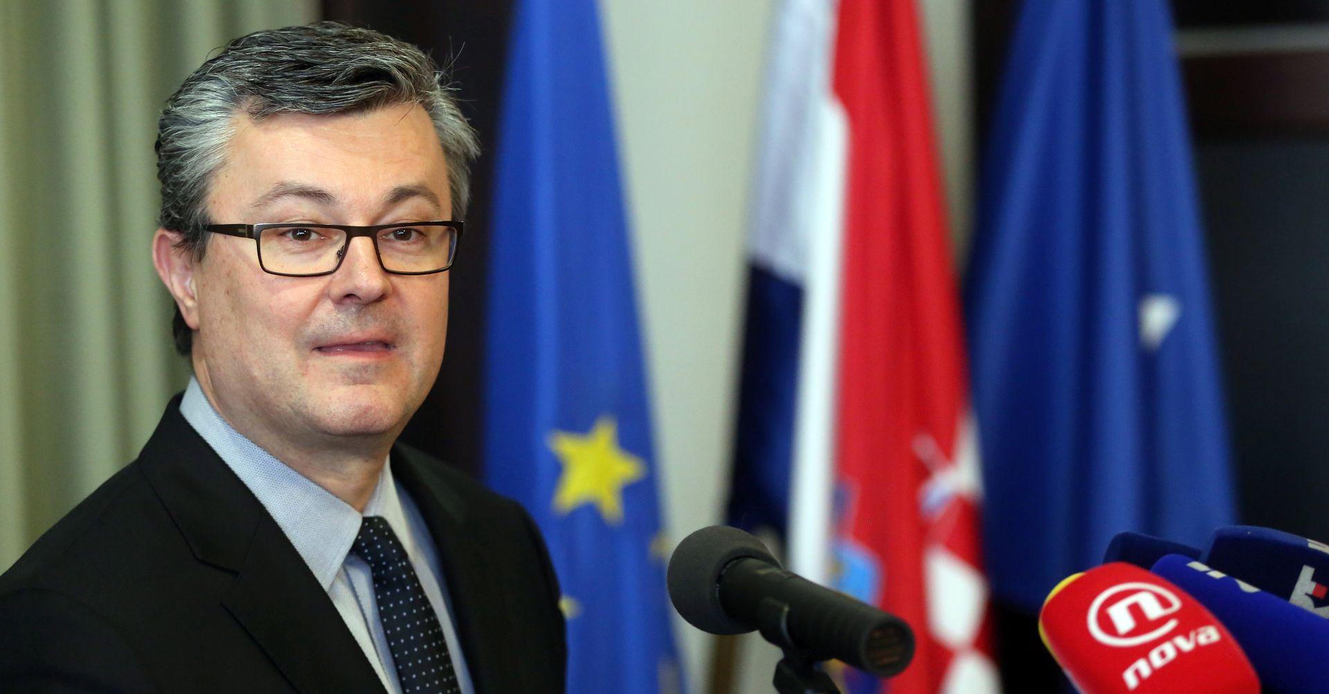 OREŠKOVIĆ SE VRATIO IZ AUSTRIJE Sastanak je bio uspješan, presretan sam, ovo je pet reformi koje želimo provesti…