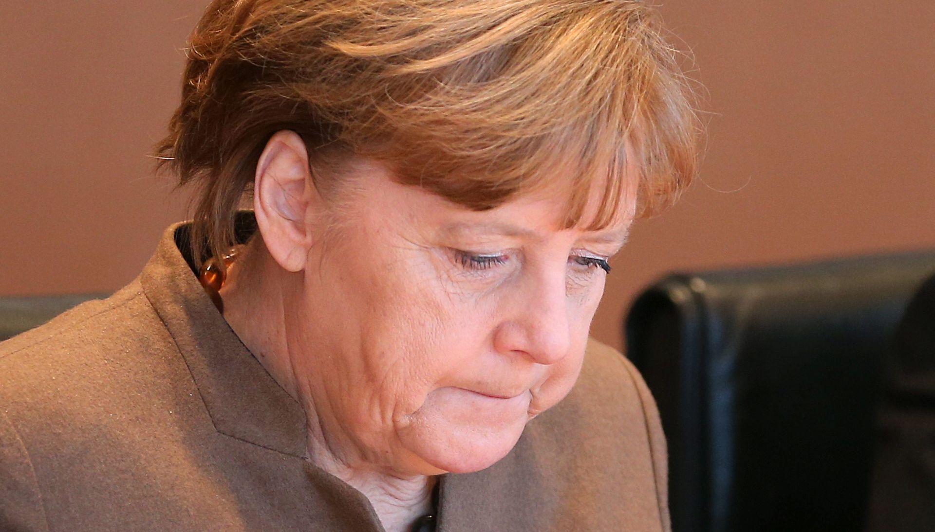 Koalicijski partner CSU prijeti kancelarki Merkel tužbom zbog izbjeglica