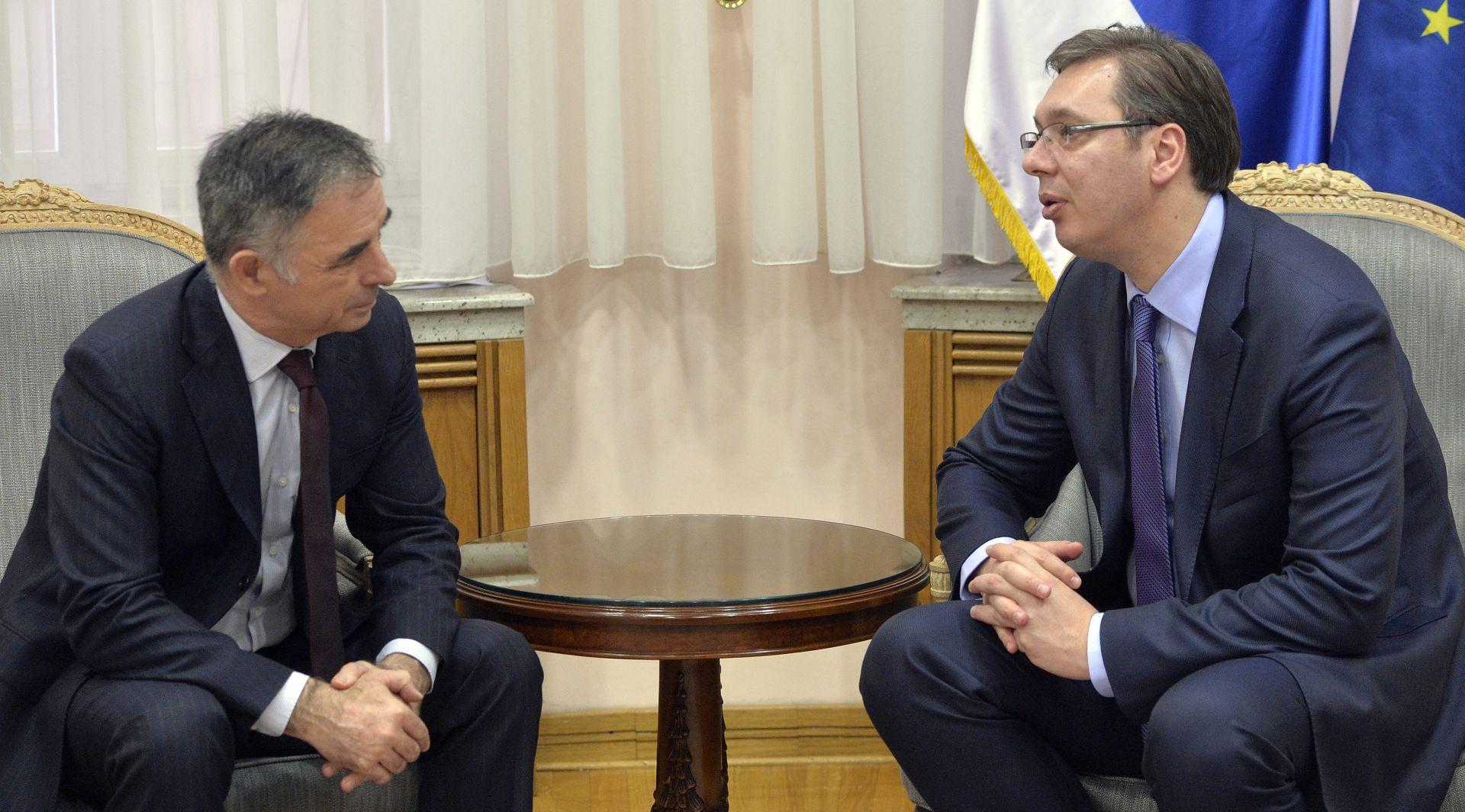 Vučić u razgovoru s Pupovcem poručio da želi blisko surađivati s novom hrvatskom vladom