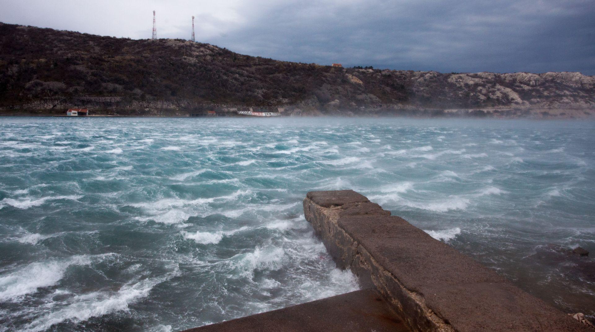 VJETROVITO I HLADNO Meteoalarm izdao narančasta upozorenja zbog orkanskog vjetra