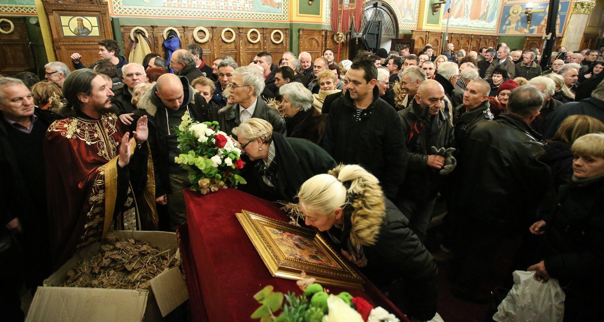 Proslava Badnjaka u Crkvi Svetog Preobraženja Gospodnjeg u Zagrebu