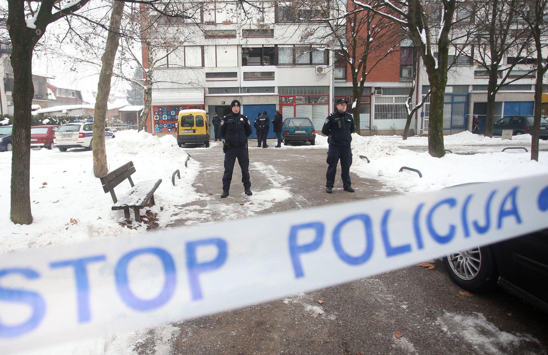 FOTO: UŽAS U ŠPANSKOM Pedesetogodišnji pripadnik OS RH ubio ženu i dijete, pa se bacio sa četvrtog kata zgrade