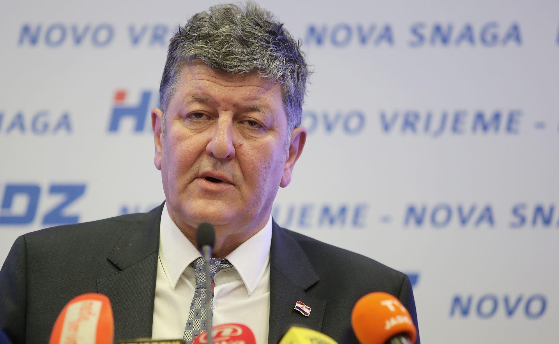 """'ODUSTAO OD SVEGA' Ante Ćorušić podnio ostavku: """"Prilika ću u životu još imati, ali čast ne smijem izgubiti"""""""