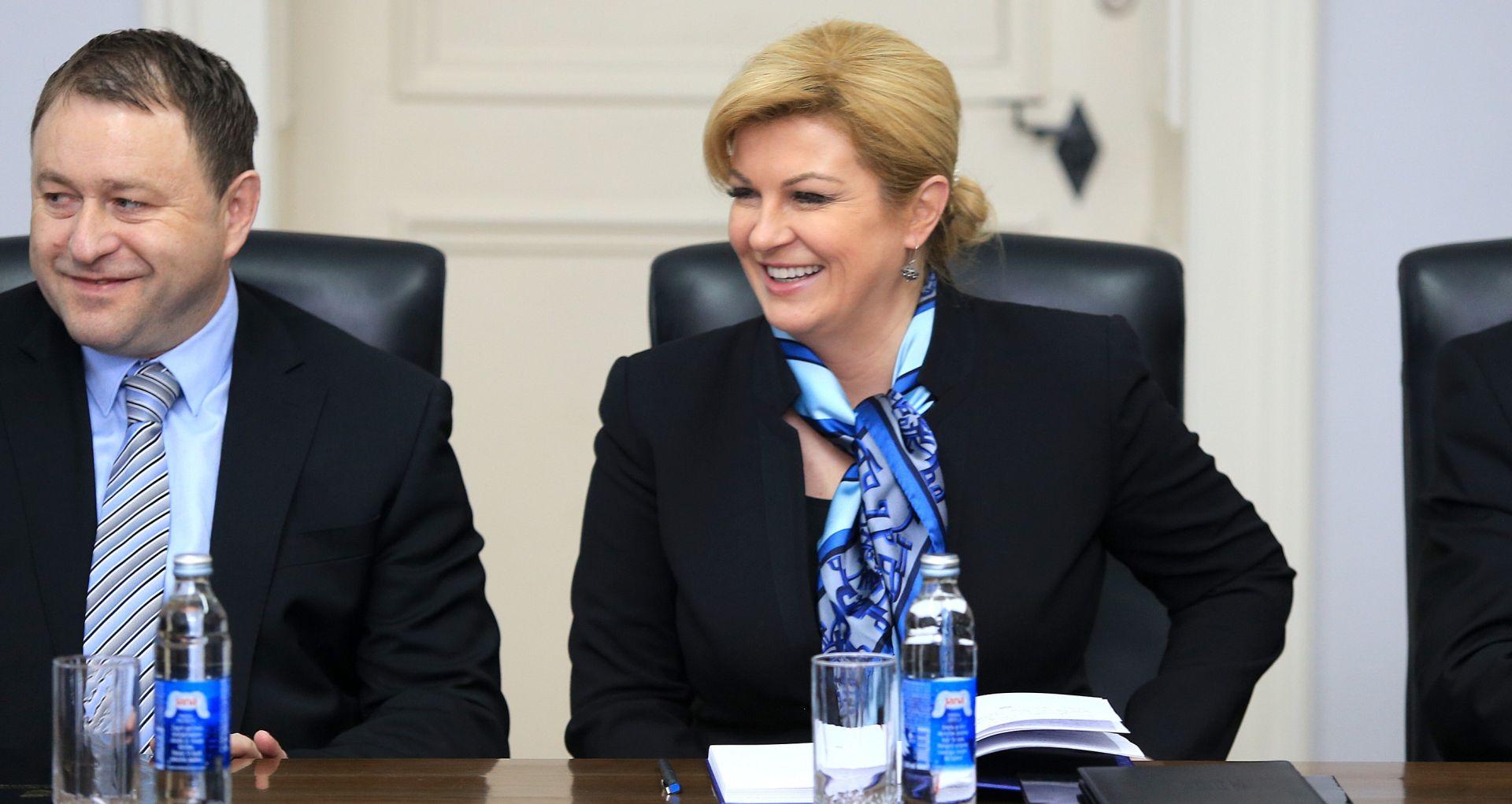 Grabar-Kitarović: Nužno naći nove modele suživota u hrvatskom Podunavlju