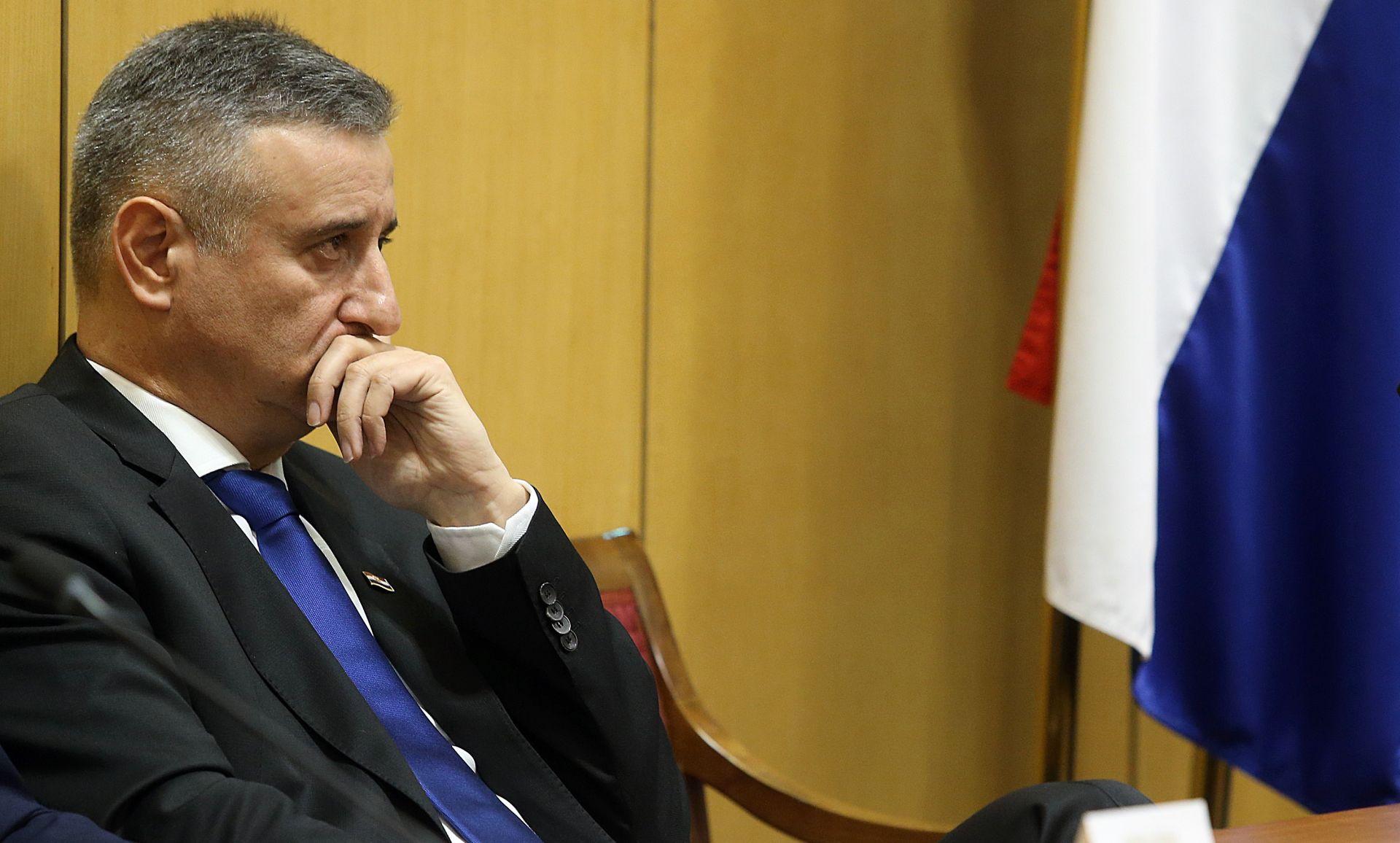 KARAMARKO NA FACEBOOKU 'Sad vidimo tko je dijelio Hrvatsku'